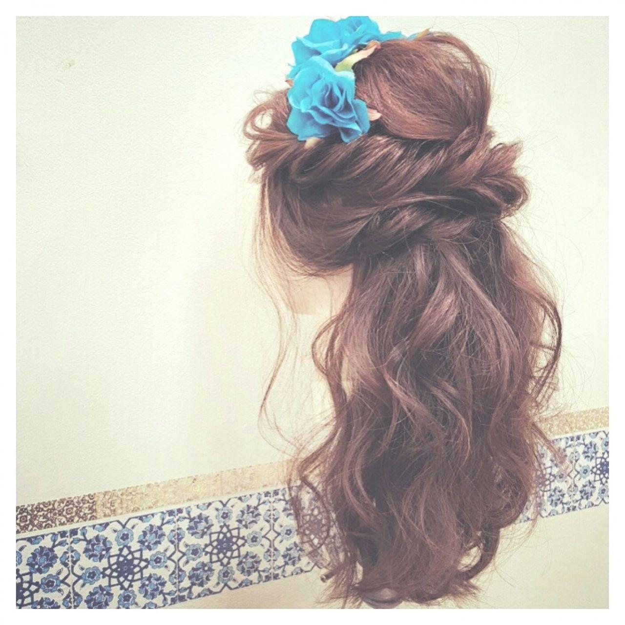 ヘアアレンジ コンサバ フィッシュボーン パーティ ヘアスタイルや髪型の写真・画像