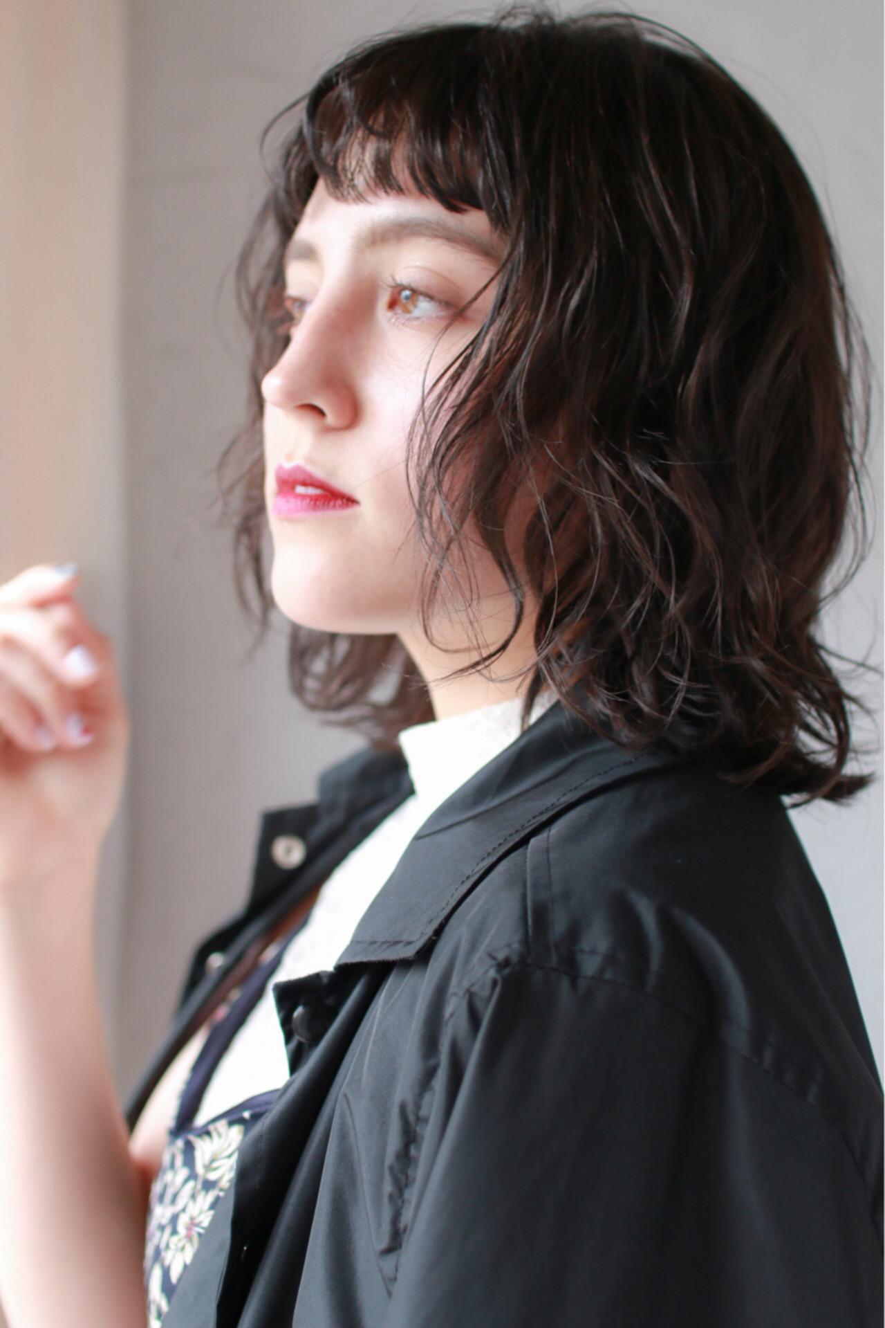 外ハネ ゆるふわ ワンカール ナチュラル ヘアスタイルや髪型の写真・画像