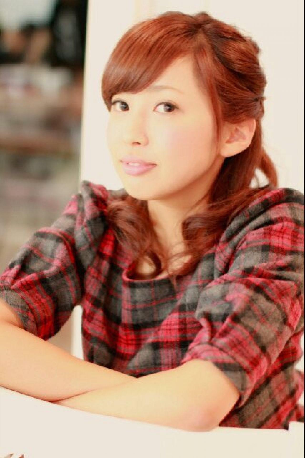 芸能人でも発見!今年の可愛い髪型は「ミディアム」ヘアにあり! 志賀 雅千子