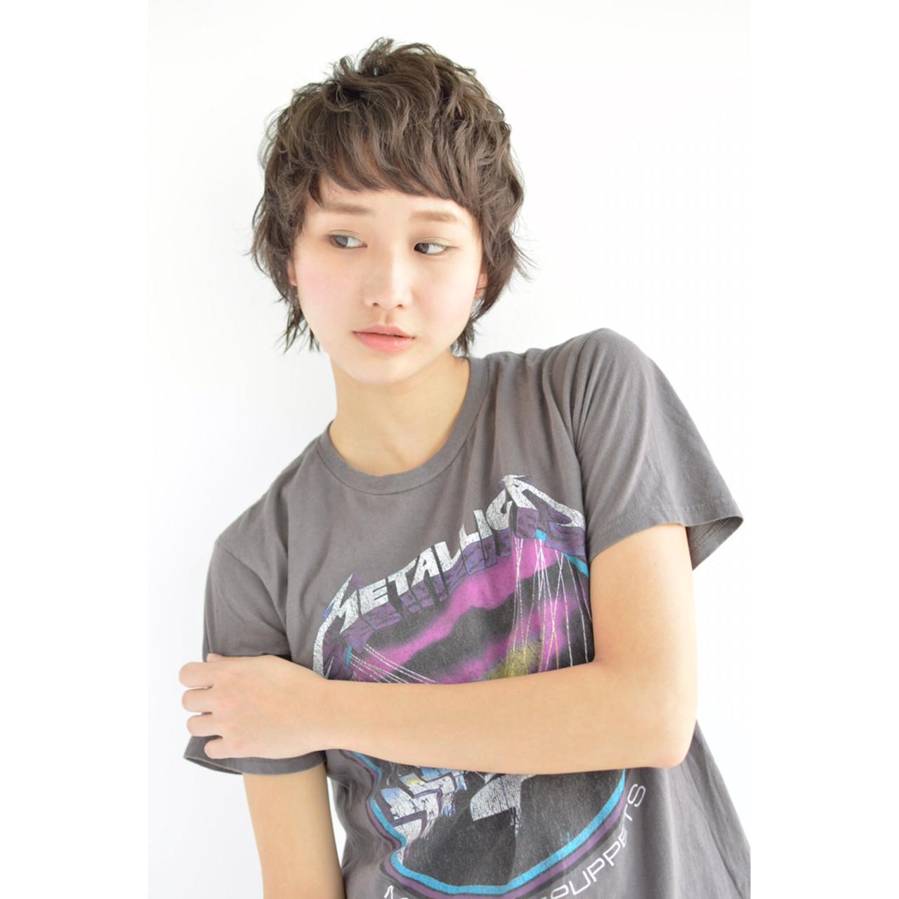 パーマ ナチュラル 斜め前髪 色気 ヘアスタイルや髪型の写真・画像