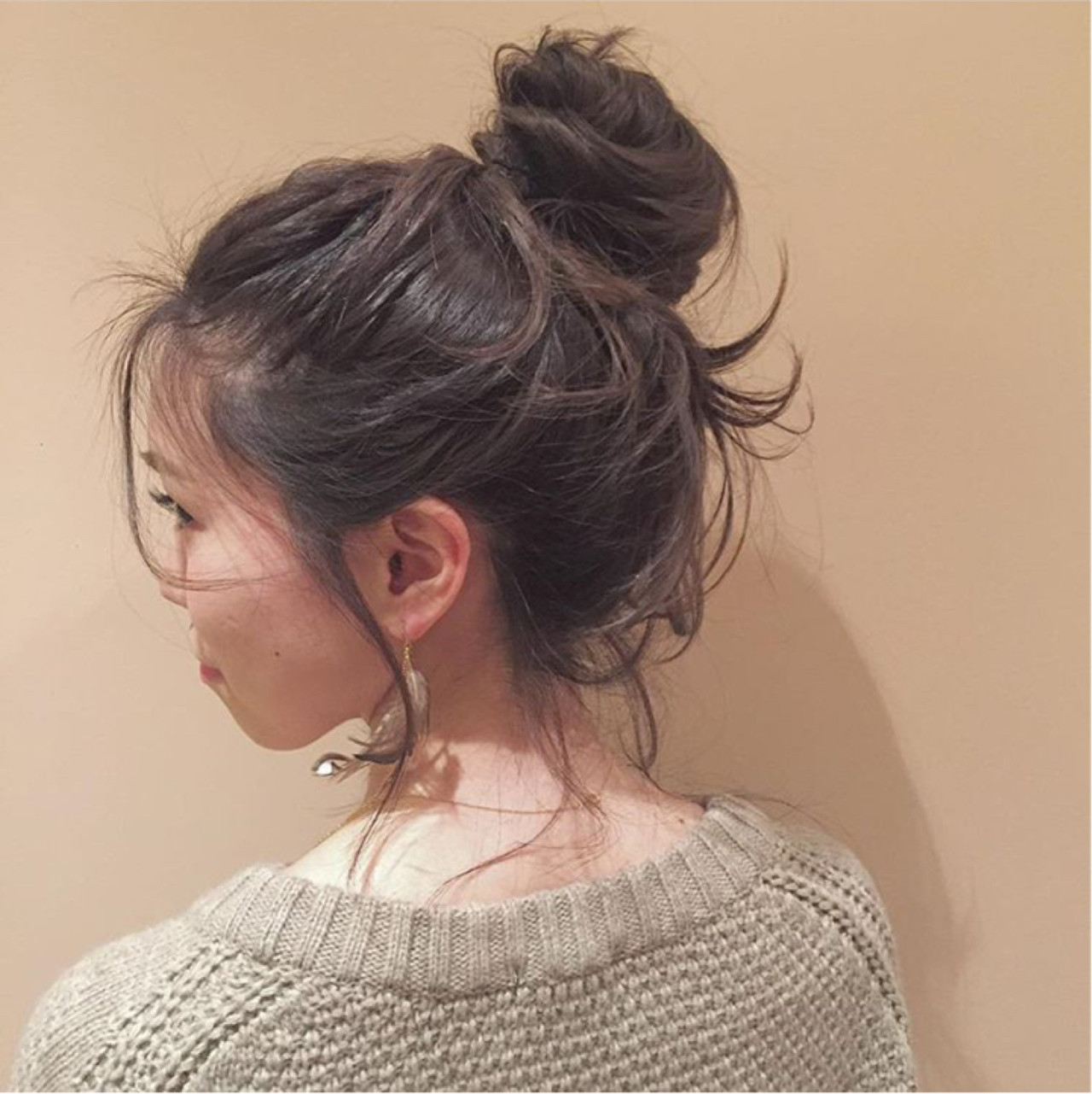 簡単ヘアアレンジ「シニヨン」のやり方特別レッスン♡基本技〜変化テクまで! 日高 かおり  BEAUTRIUM265