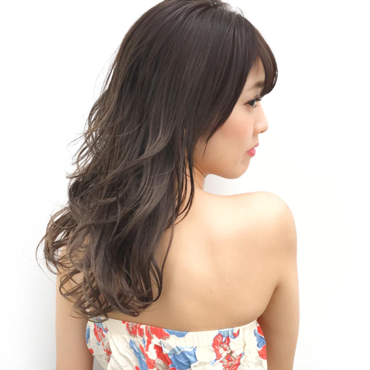 色気 ロング リラックス ハイライト ヘアスタイルや髪型の写真・画像
