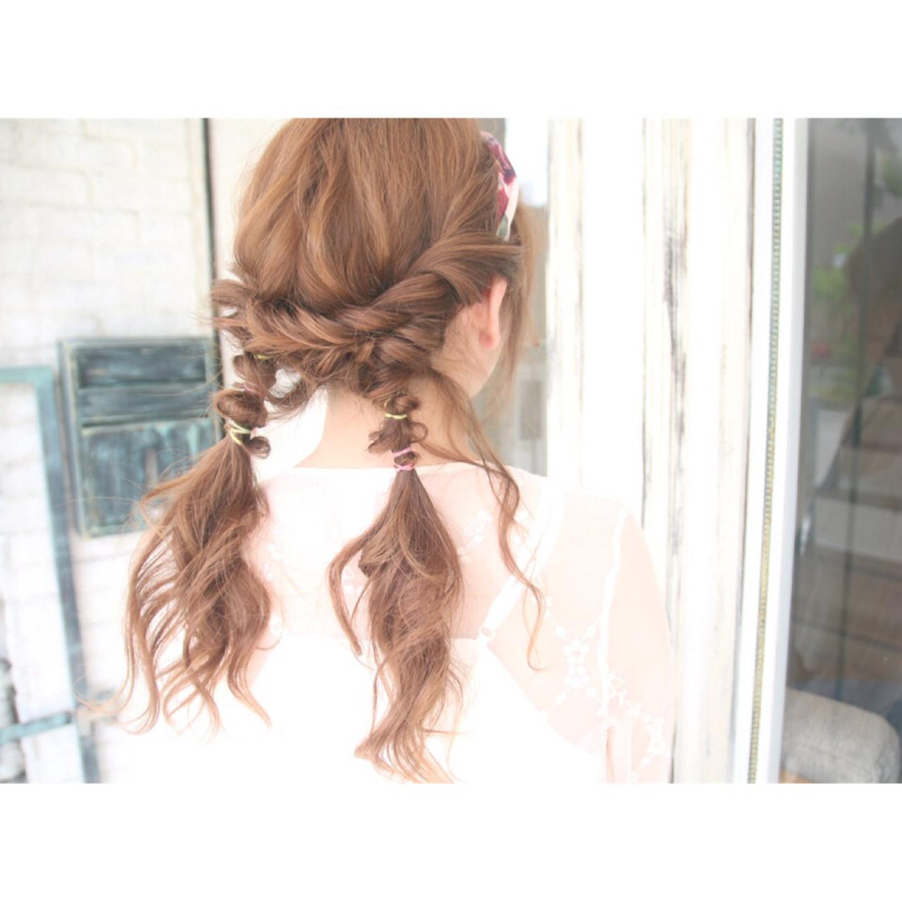 ヘアアレンジ バンダナ ショート ガーリー ヘアスタイルや髪型の写真・画像