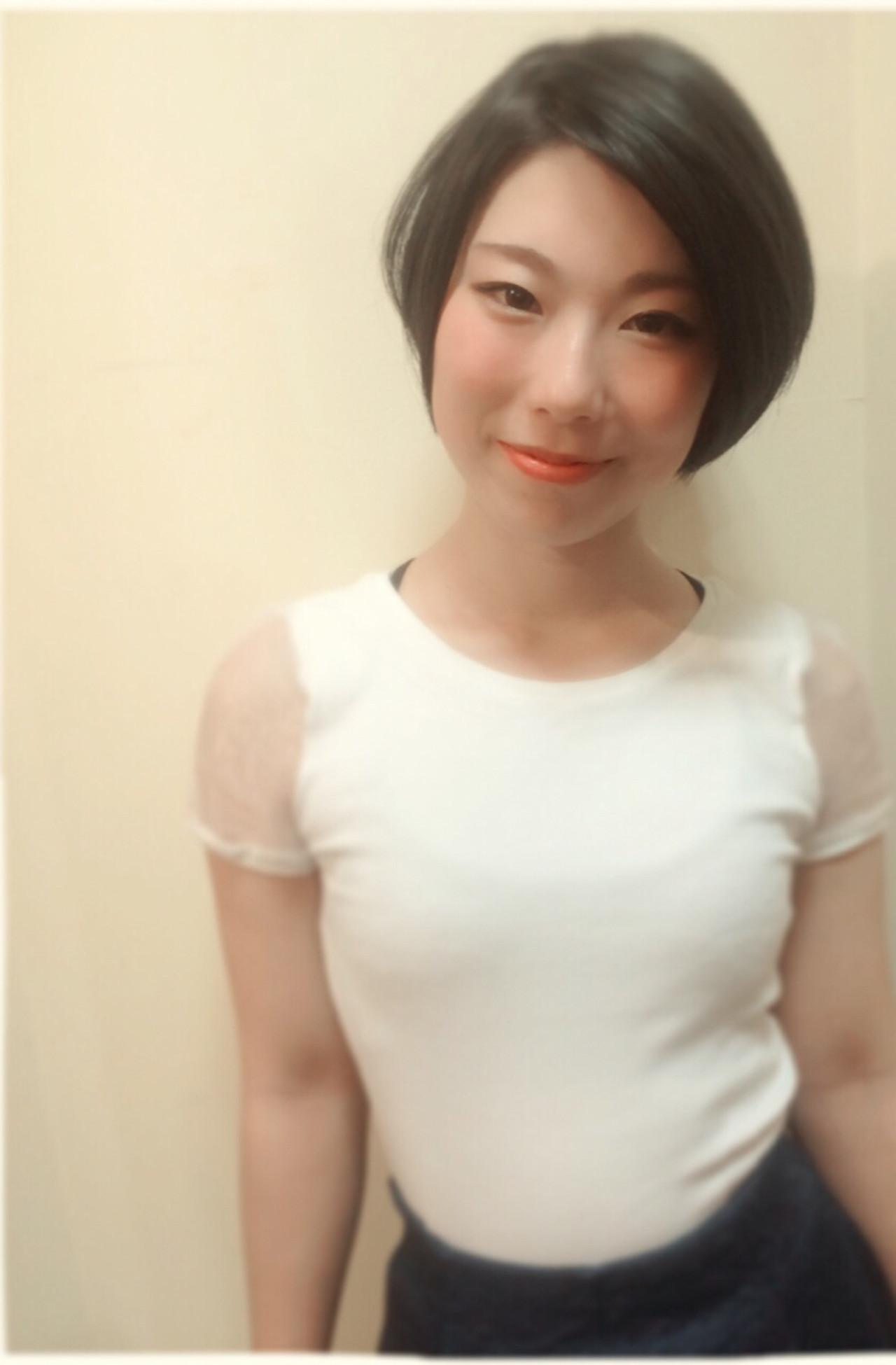 美シルエット ショート 暗髪 コンサバ ヘアスタイルや髪型の写真・画像