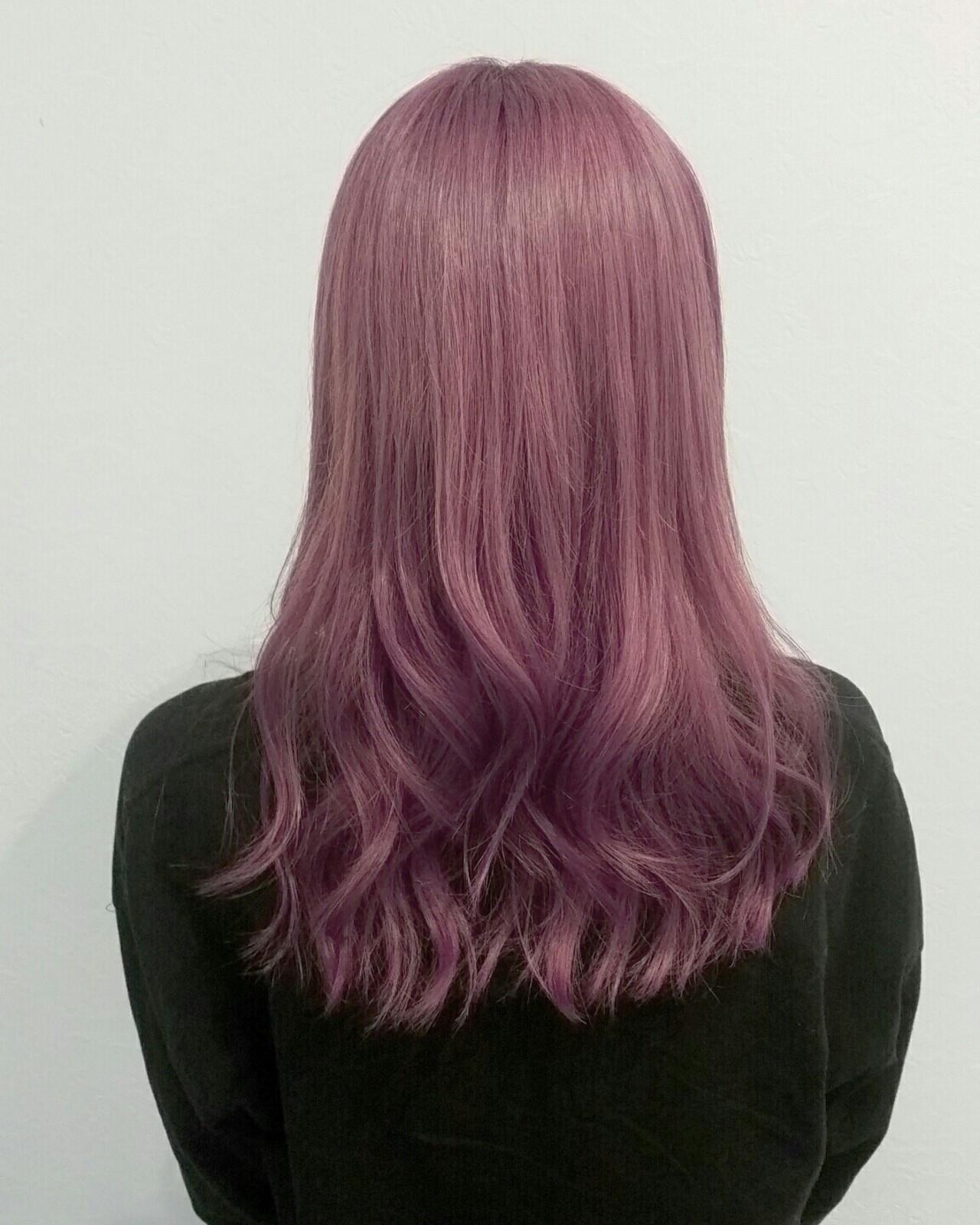 セミロング ピンク レッド パープル ヘアスタイルや髪型の写真・画像