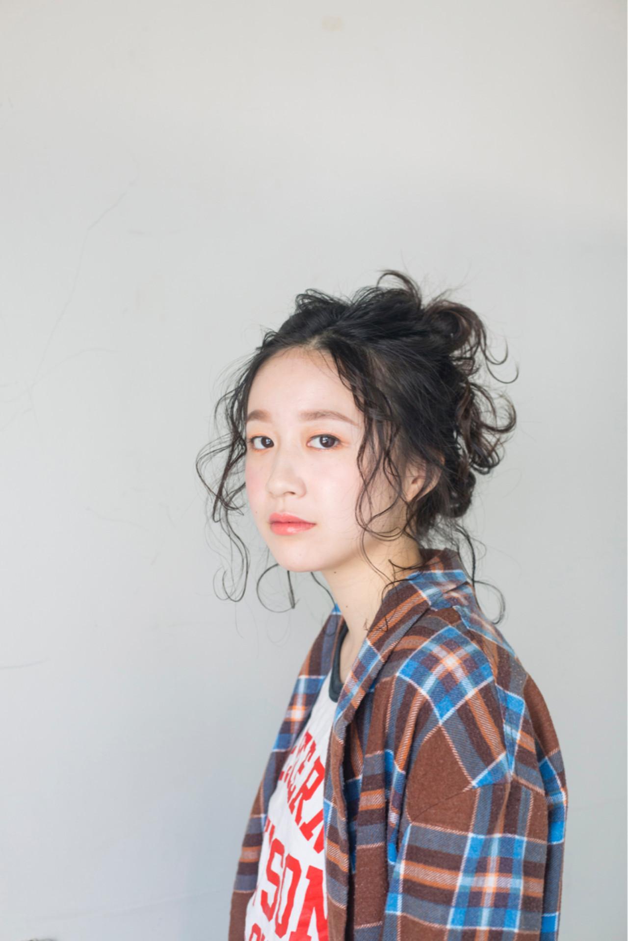 ヘアアレンジ リラックス ミディアム ガーリー ヘアスタイルや髪型の写真・画像