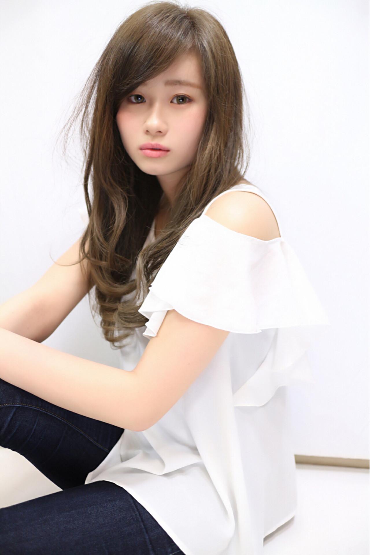 無造作 大人かわいい ロング 外国人風カラー ヘアスタイルや髪型の写真・画像