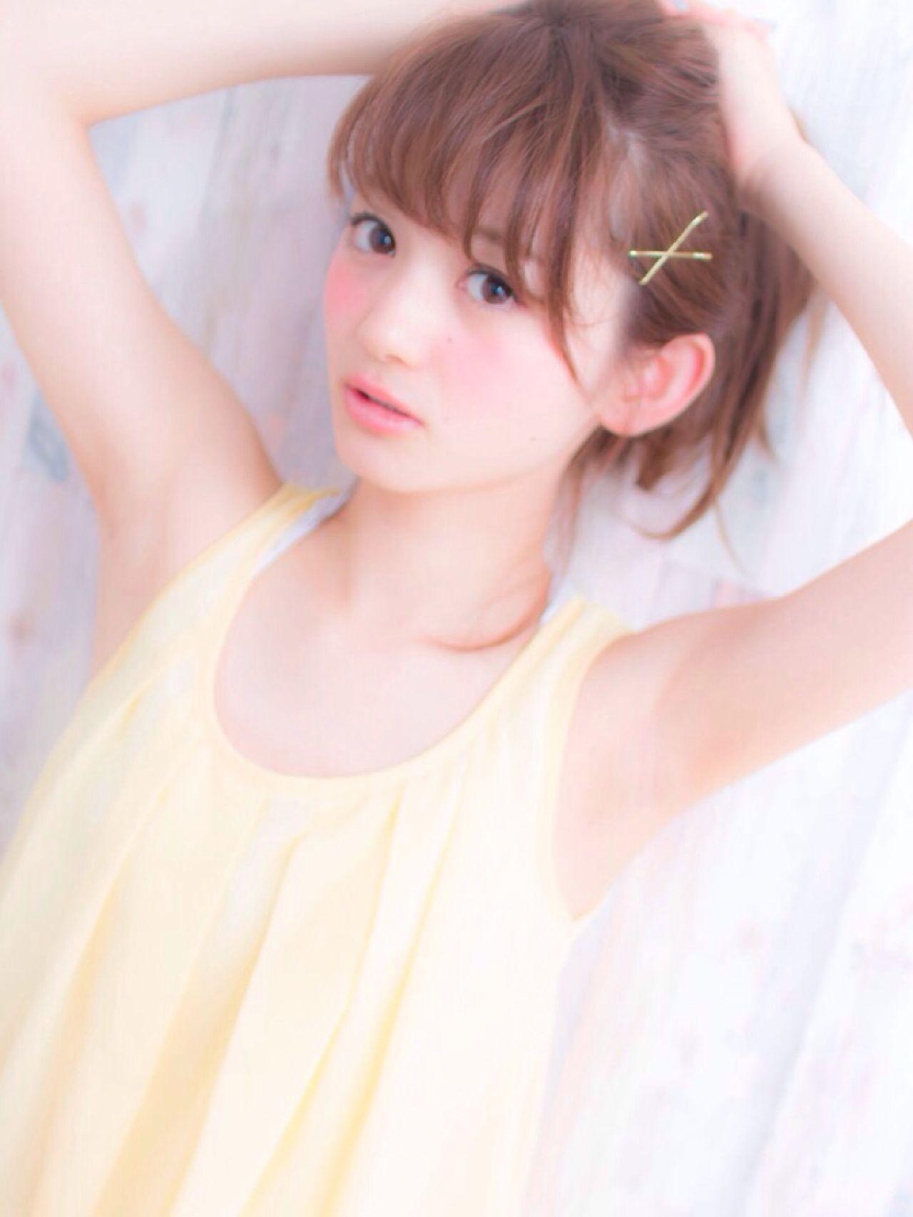 シースルーバング ヘアアレンジ ミディアム おフェロ ヘアスタイルや髪型の写真・画像