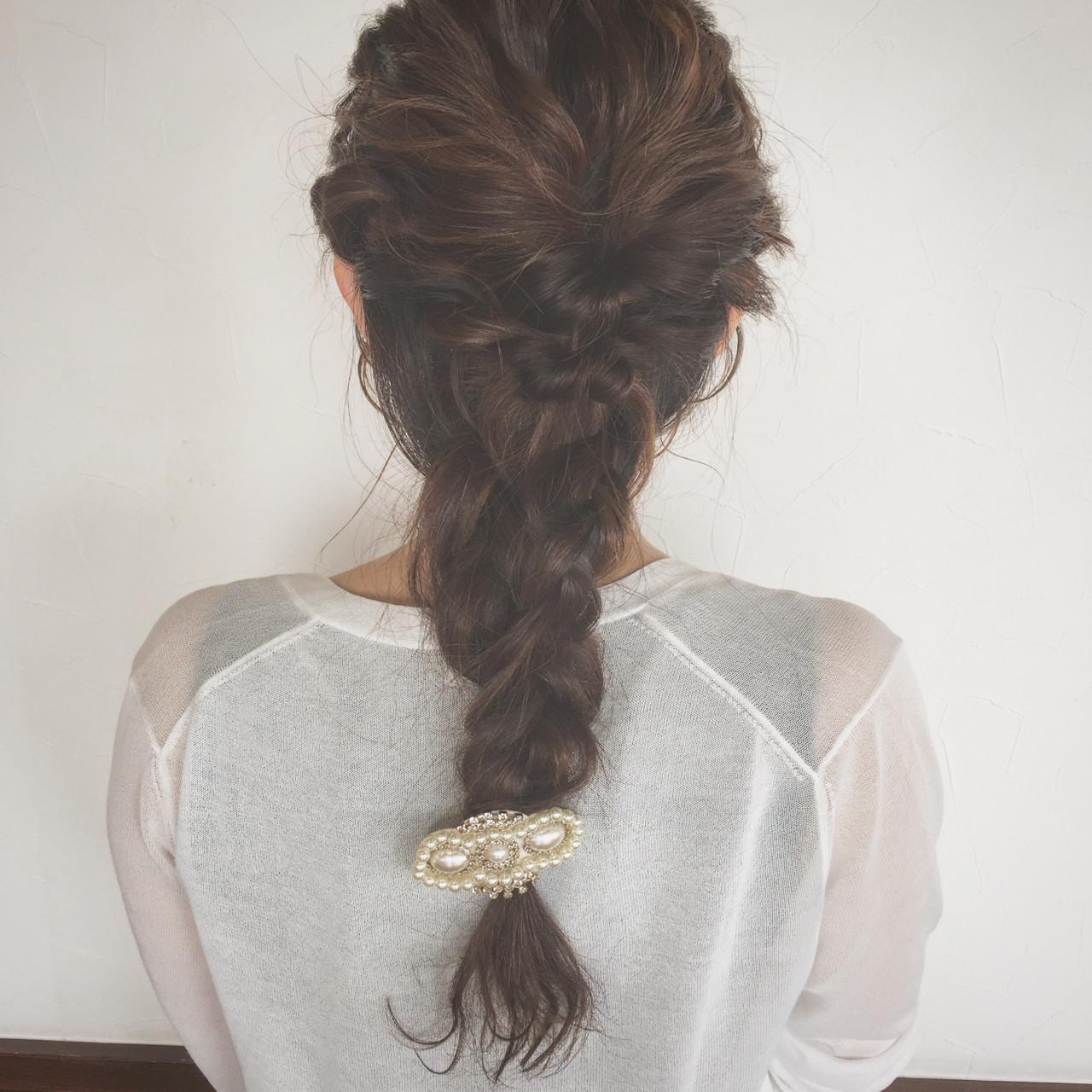 結婚式 ヘアアレンジ ナチュラル 編み込み ヘアスタイルや髪型の写真・画像
