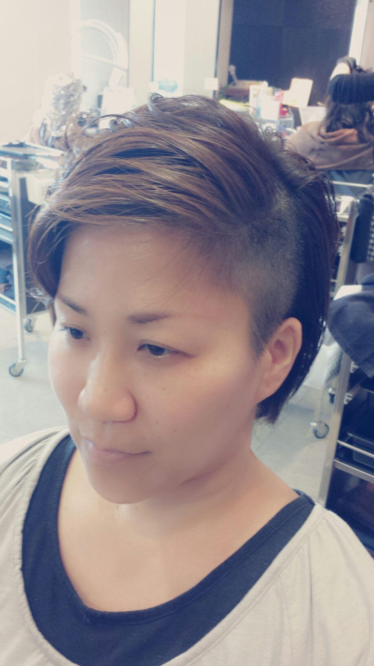 クール女子におすすめ!カッコかわいいソフトモヒカン風の髪型カタログ 財間 翼
