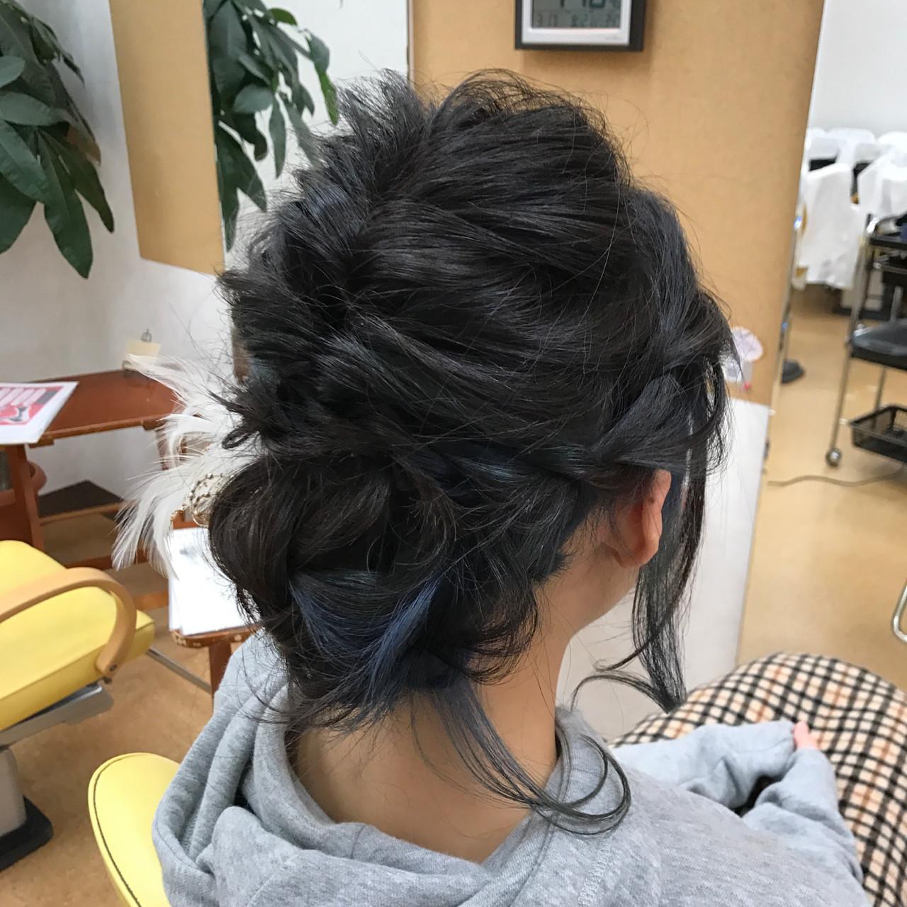 フェミニン インナーカラー ヘアアレンジ 結婚式 ヘアスタイルや髪型の写真・画像