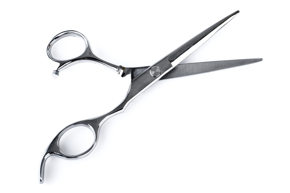 初心者でも簡単!美容院に行かなくてもおウチでできる前髪の作り方♡