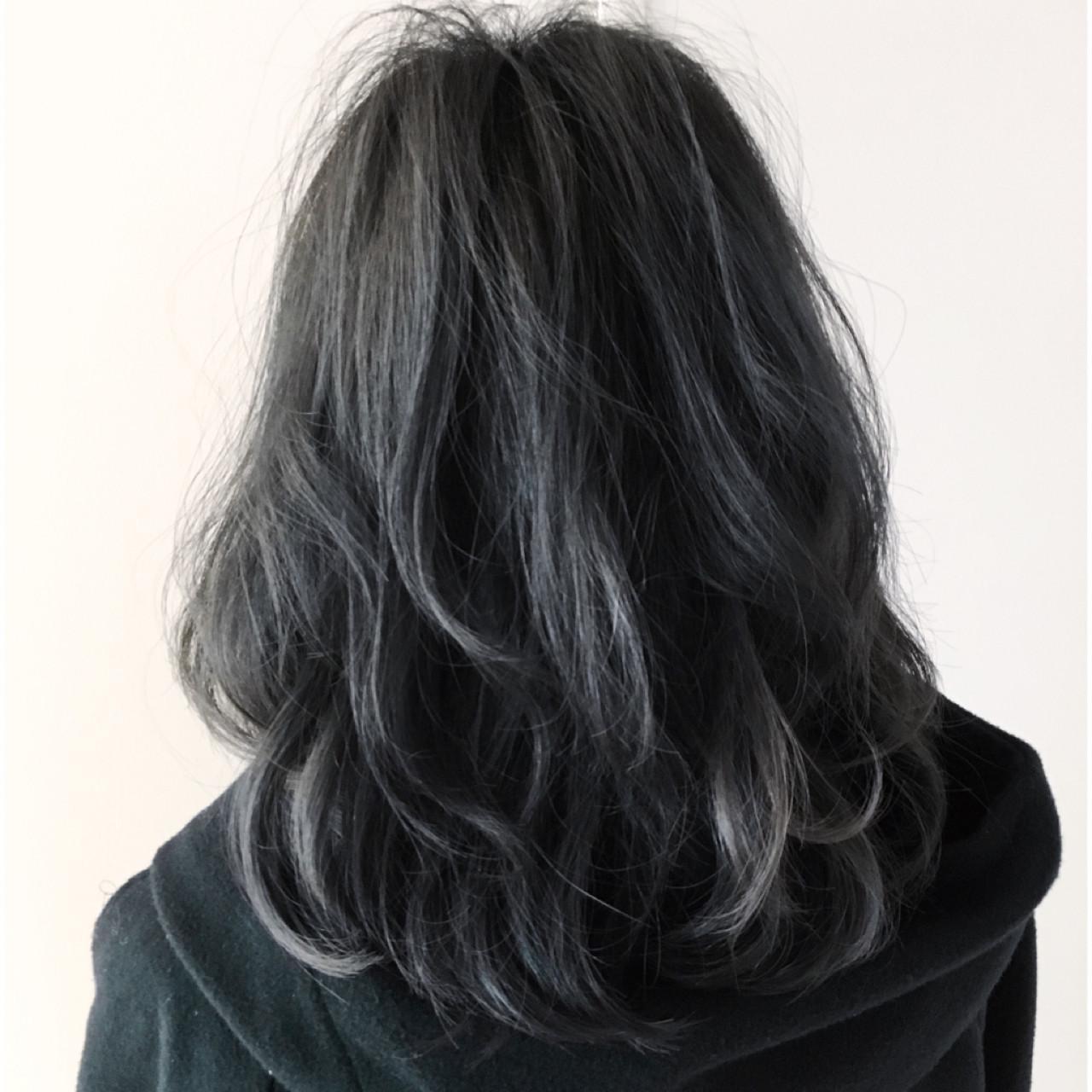 ボブ モード ダークアッシュ グレー ヘアスタイルや髪型の写真・画像
