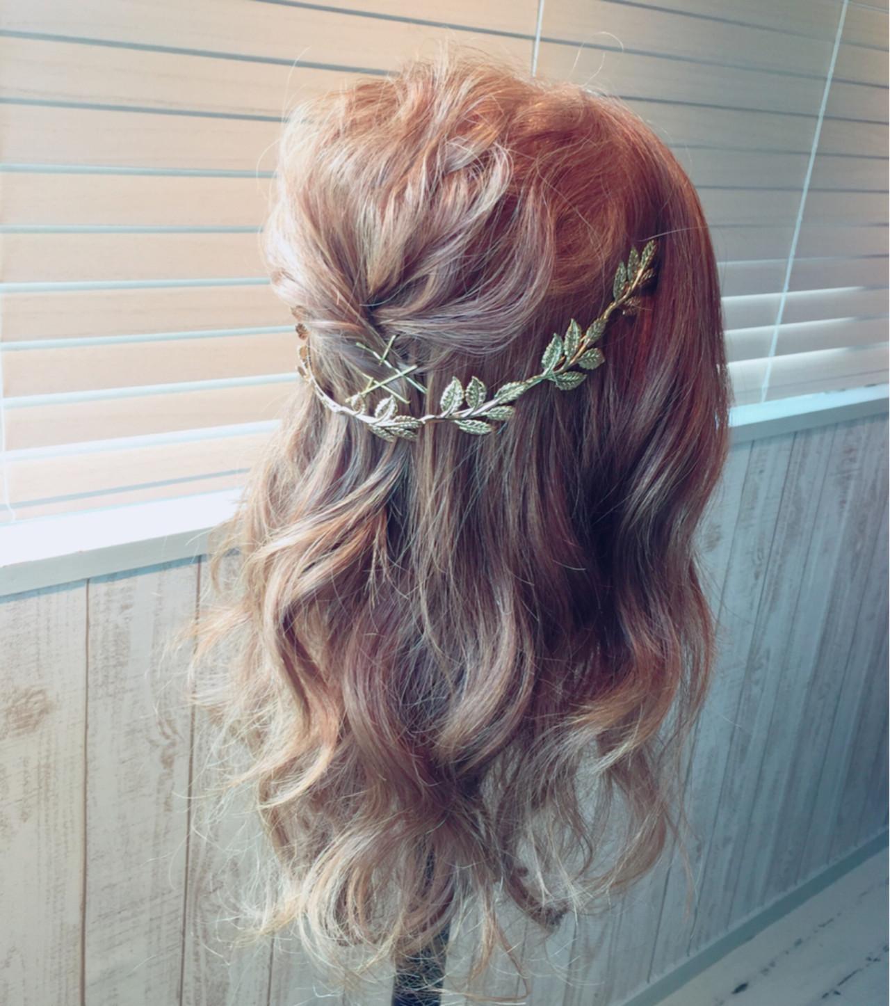 セミロング 愛され ヘアアクセ 簡単ヘアアレンジ ヘアスタイルや髪型の写真・画像