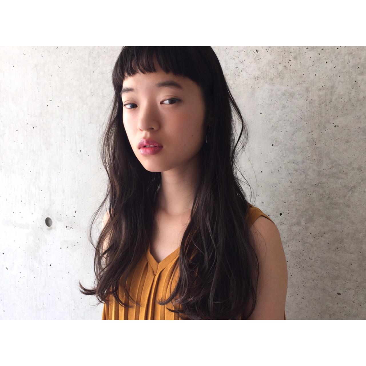 春 黒髪 ナチュラル パーマ ヘアスタイルや髪型の写真・画像