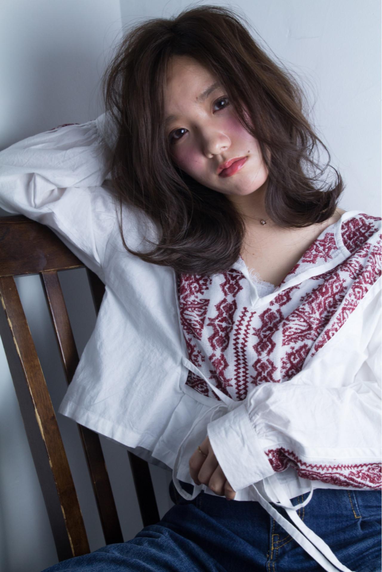 フェミニン パーマ かわいい セミロング ヘアスタイルや髪型の写真・画像
