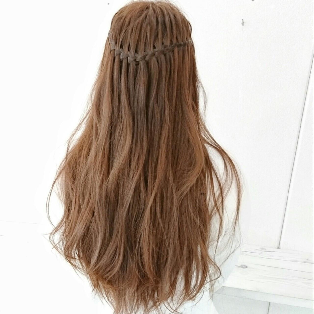 外国人風 ナチュラル 大人かわいい ウォーターフォール ヘアスタイルや髪型の写真・画像