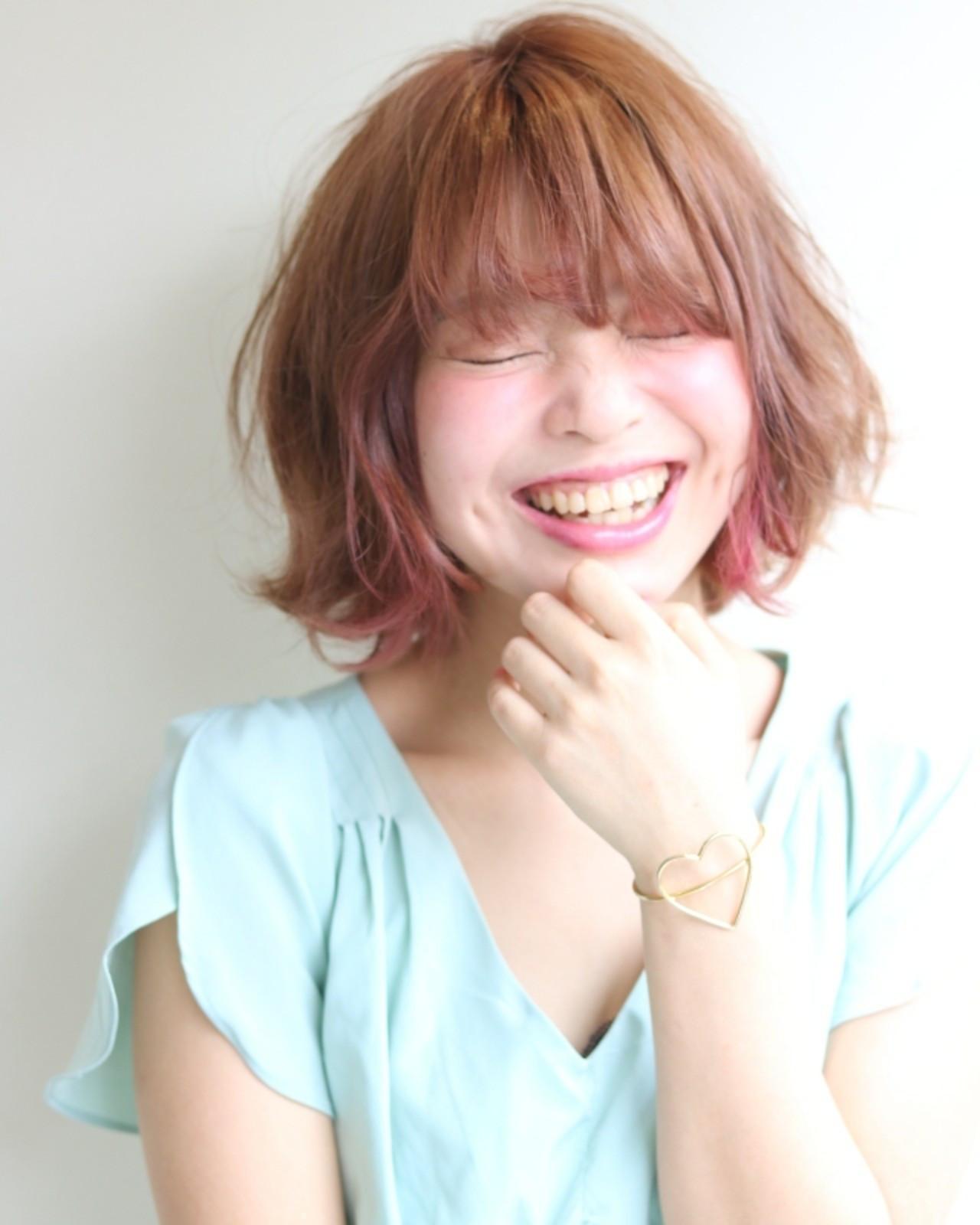 デート リラックス フェミニン ピンクアッシュ ヘアスタイルや髪型の写真・画像