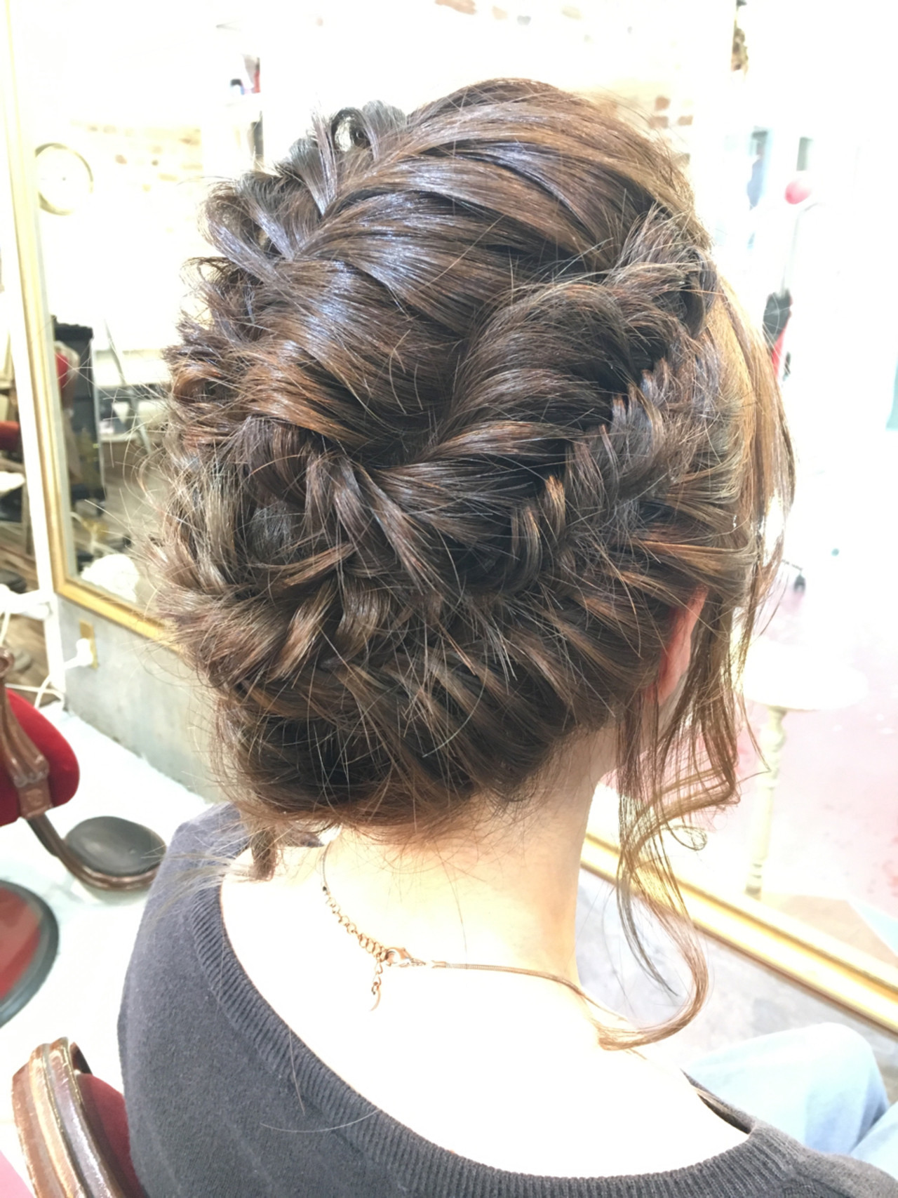 簡単ヘアアレンジ ミディアム 編み込み 大人かわいい ヘアスタイルや髪型の写真・画像