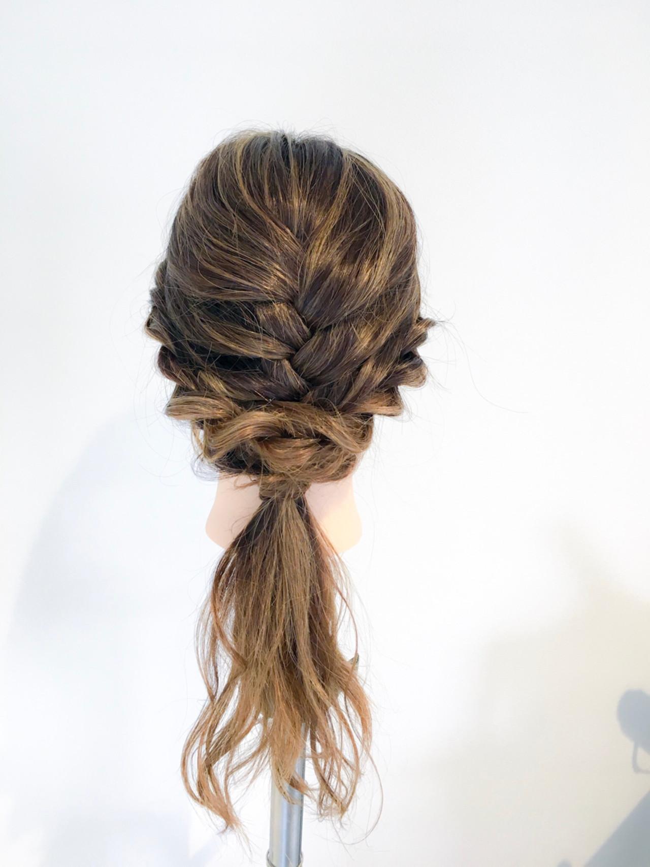 ロング アウトドア 編み込み 簡単ヘアアレンジ ヘアスタイルや髪型の写真・画像
