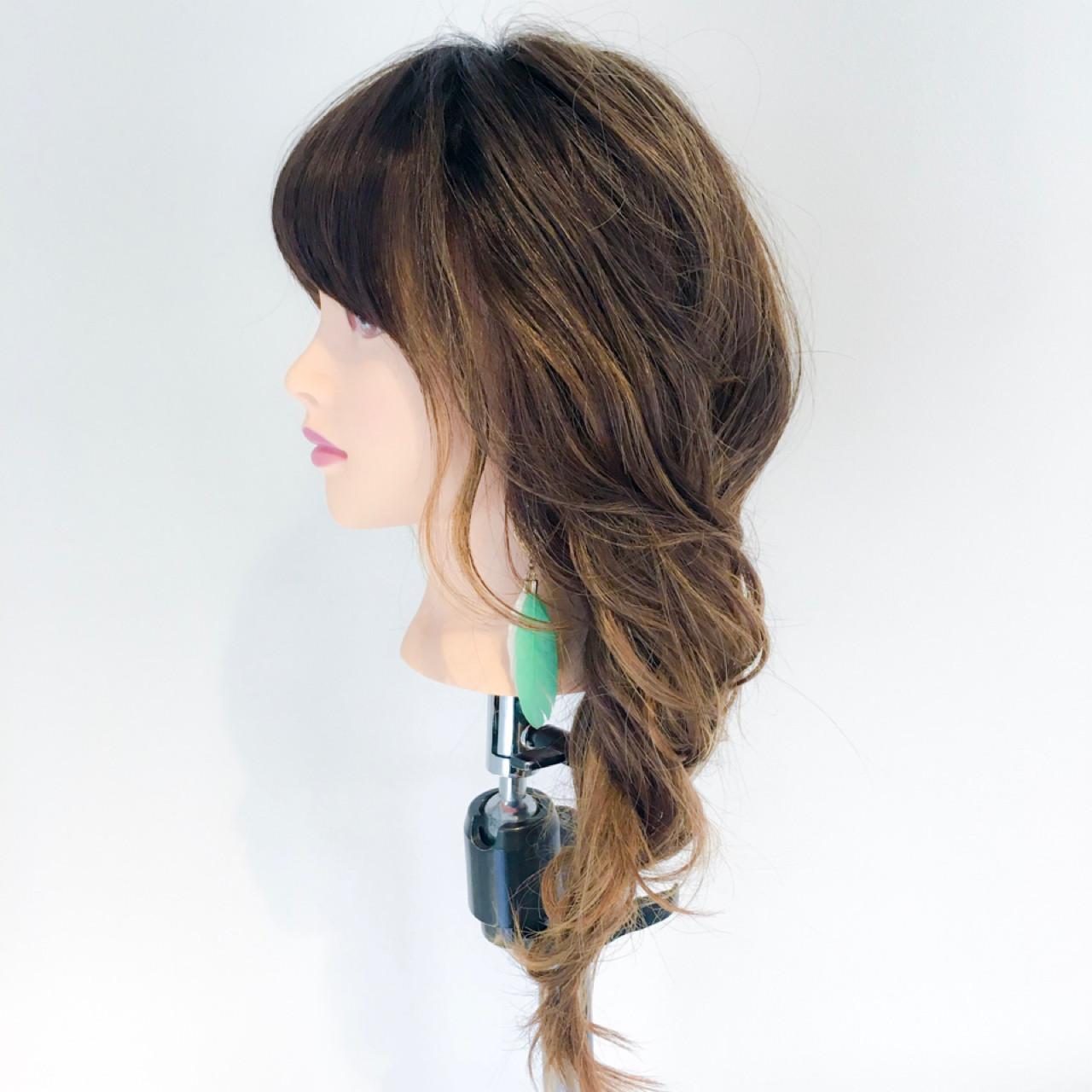簡単ヘアアレンジ フェミニン ヘアアレンジ 麦わら帽子 ヘアスタイルや髪型の写真・画像