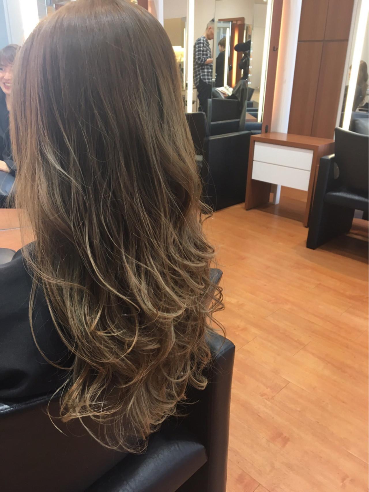 外国人風カラー ロング ハイトーン グラデーションカラー ヘアスタイルや髪型の写真・画像