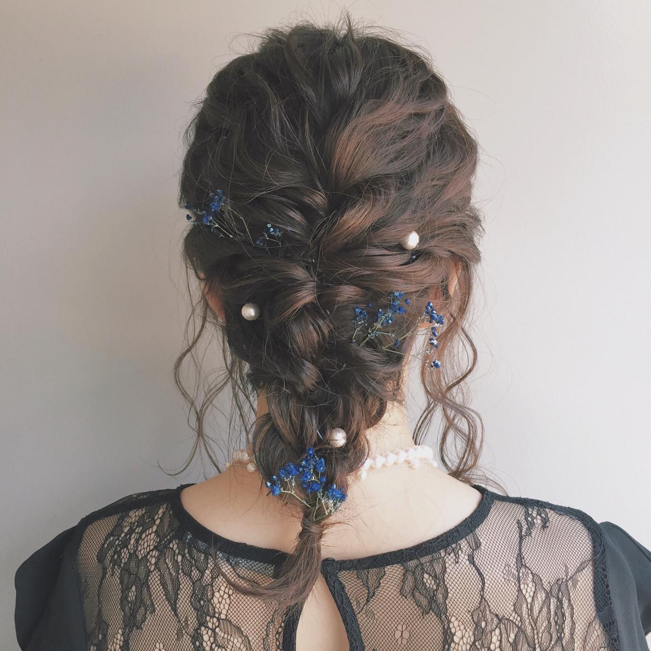 編み込み セミロング ガーリー パーティ ヘアスタイルや髪型の写真・画像