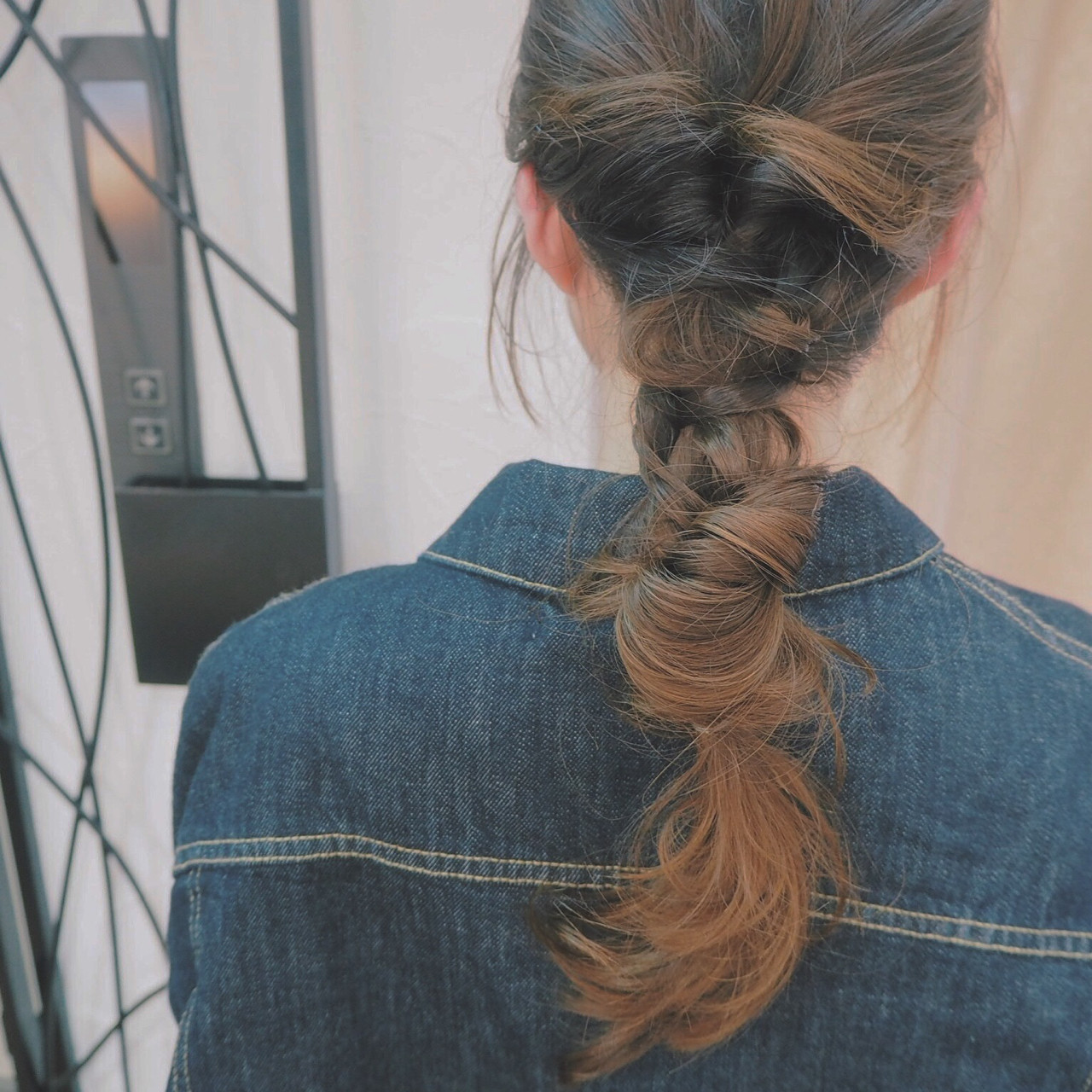 ショート ロング くるりんぱ インナーカラー ヘアスタイルや髪型の写真・画像