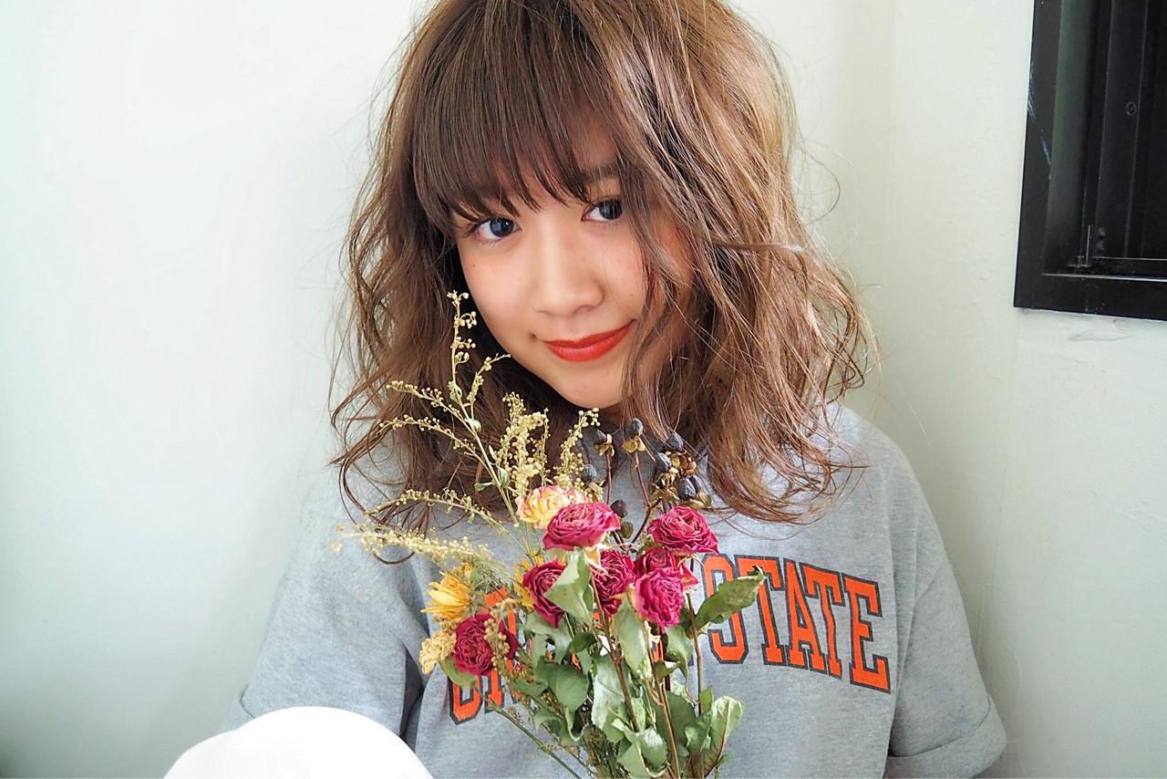 春 夏 アンニュイ ガーリー ヘアスタイルや髪型の写真・画像