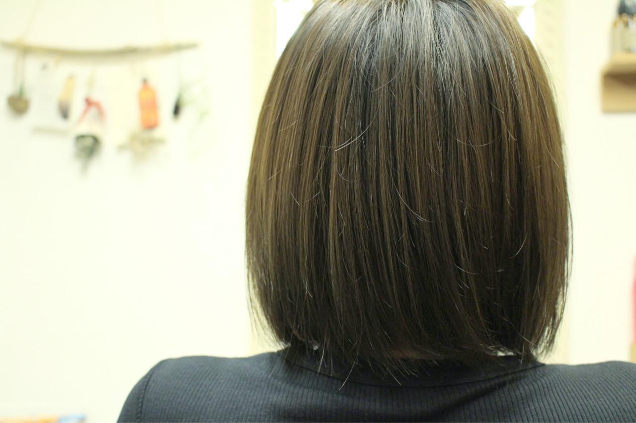 マット オリーブアッシュ 色気 ベージュ ヘアスタイルや髪型の写真・画像