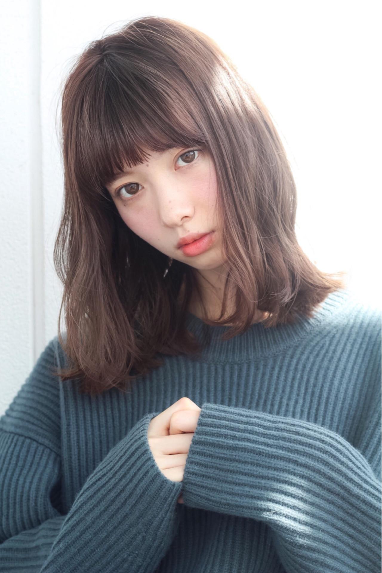パーマ ミディアム ピュア ガーリー ヘアスタイルや髪型の写真・画像