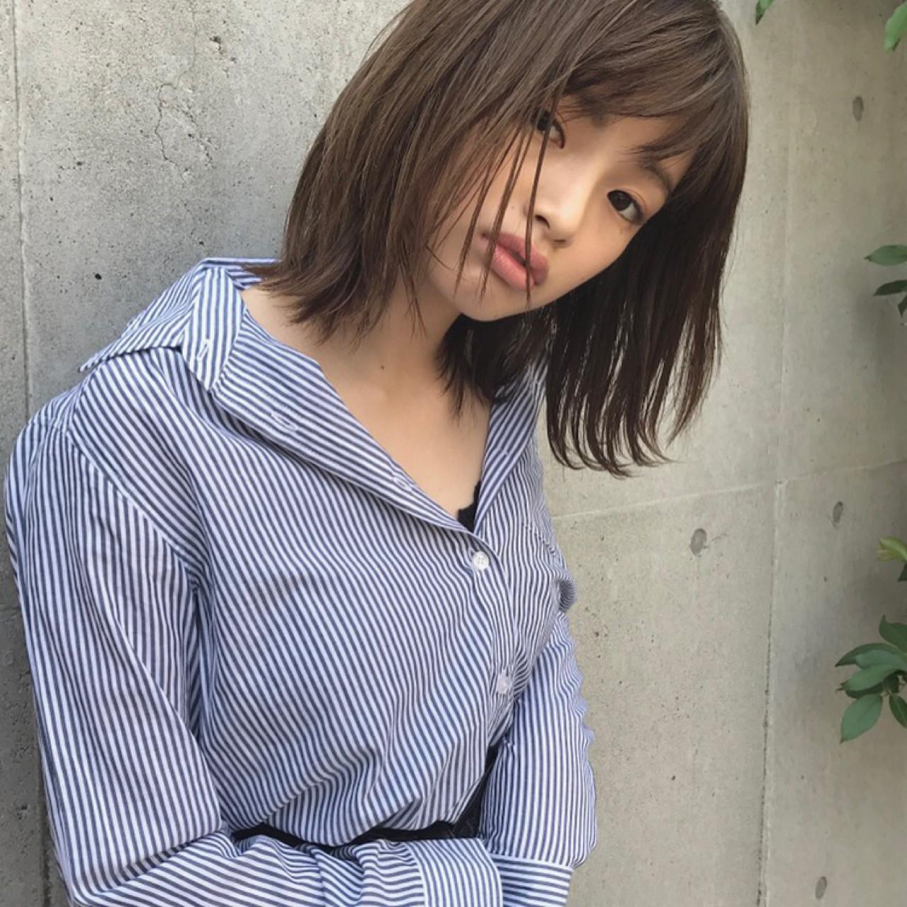 色気 斜め前髪 ナチュラル 前髪あり ヘアスタイルや髪型の写真・画像