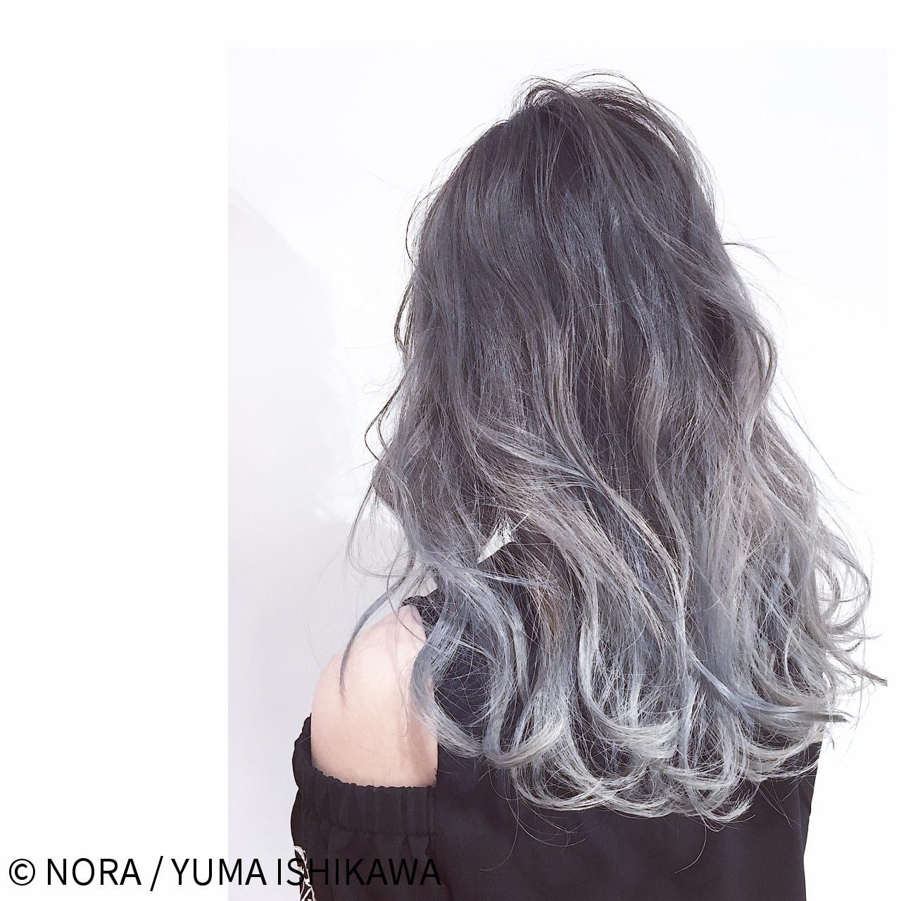 外国人風カラー ロング ガーリー グレージュ ヘアスタイルや髪型の写真・画像
