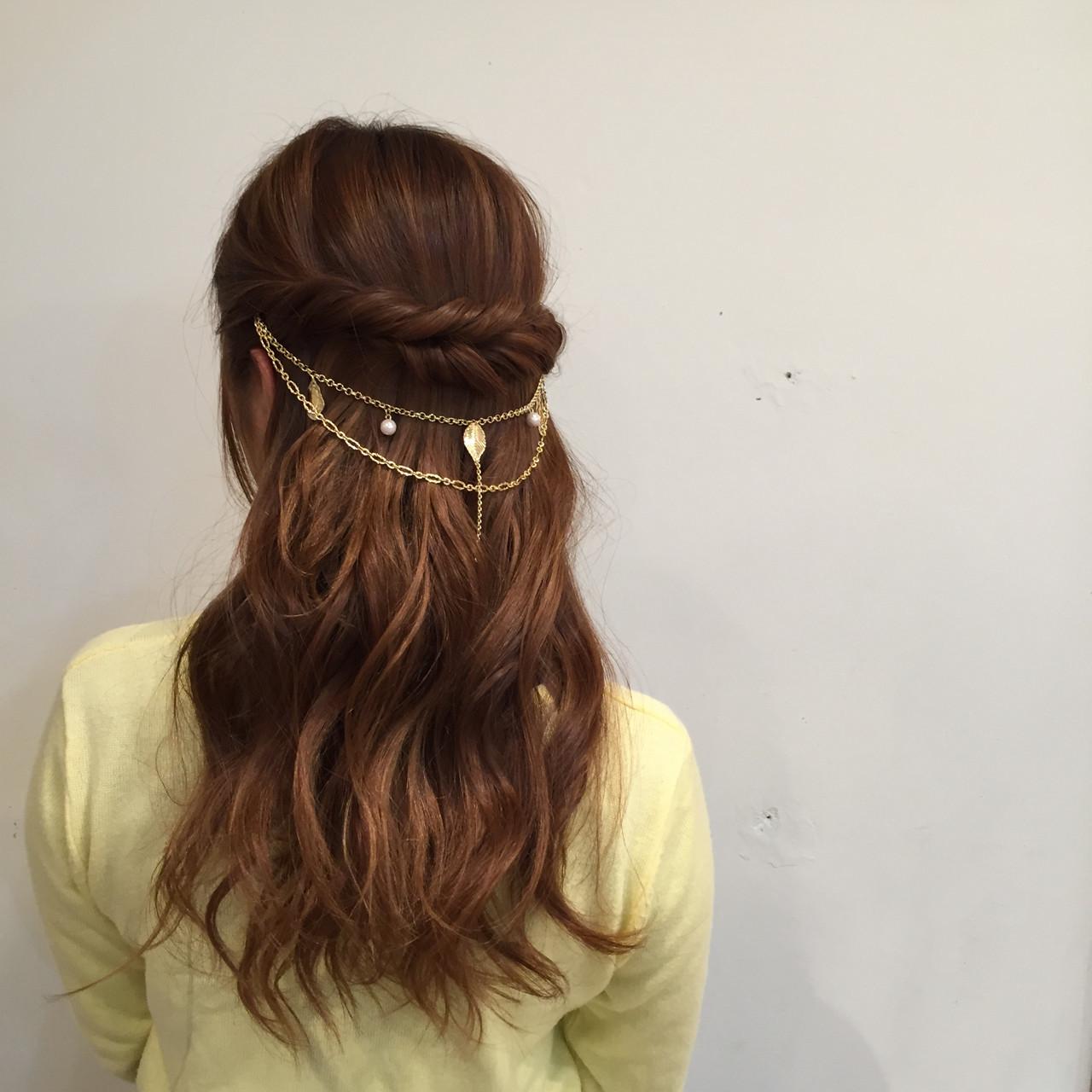 大人かわいい ハーフアップ セミロング 抜け感 ヘアスタイルや髪型の写真・画像