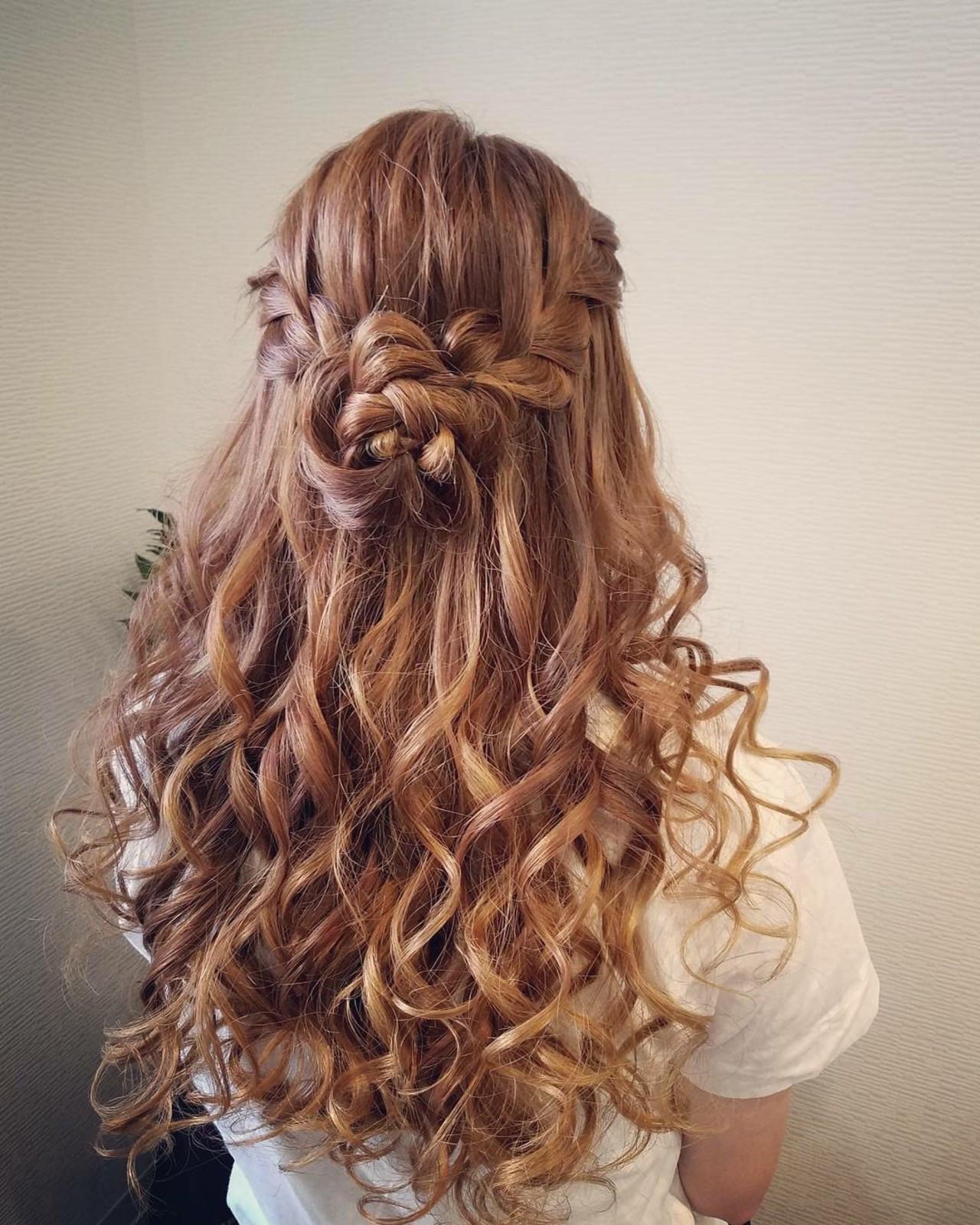 ロング ハーフアップ フェミニン ヘアアレンジ ヘアスタイルや髪型の写真・画像