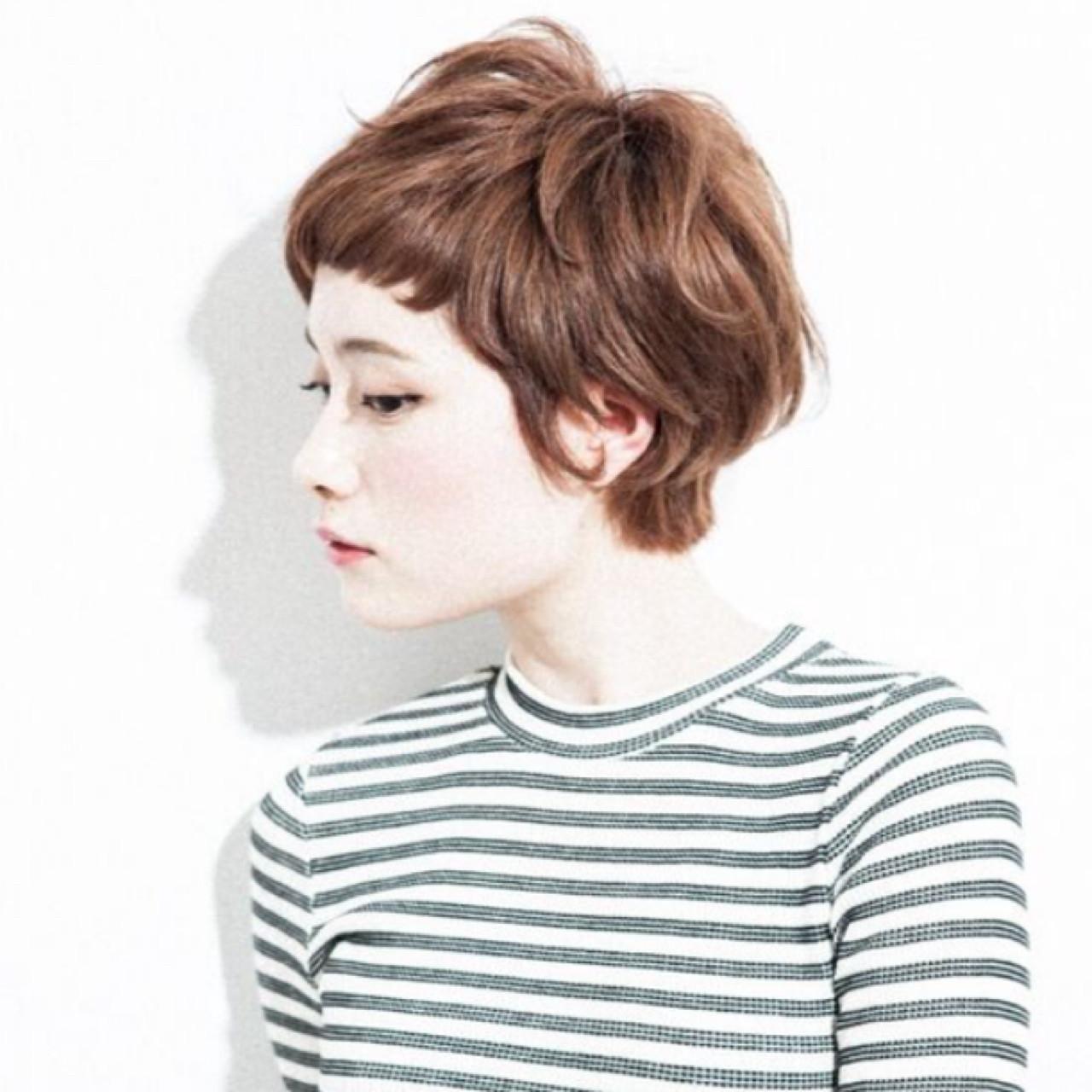 大人かわいい 小顔 ストリート ショート ヘアスタイルや髪型の写真・画像