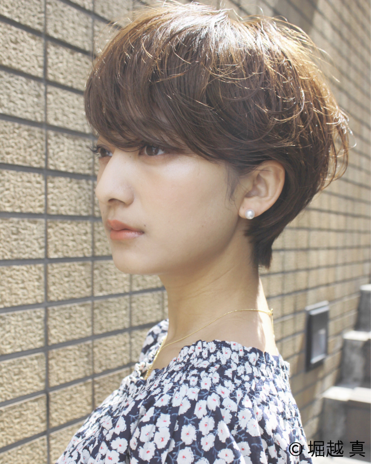 大人女子 ショートボブ ナチュラル アッシュ ヘアスタイルや髪型の写真・画像