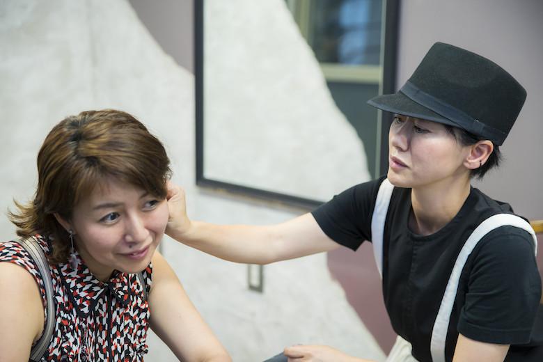 「仕事ができる女性」の髪型について語る砂原由弥さん