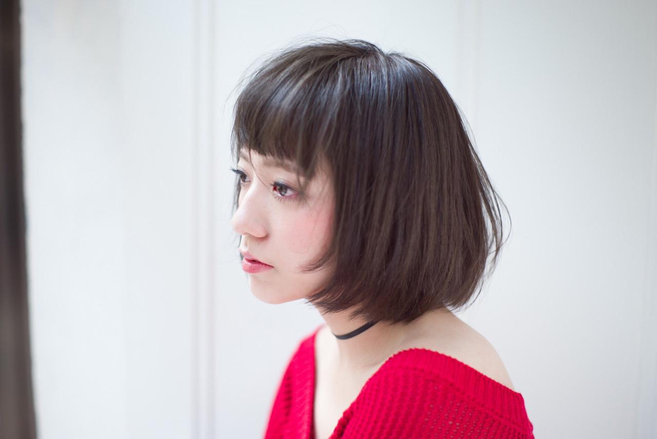 オン眉×黒髪でつくる清楚な内巻きショートボブ♡ HIKARI