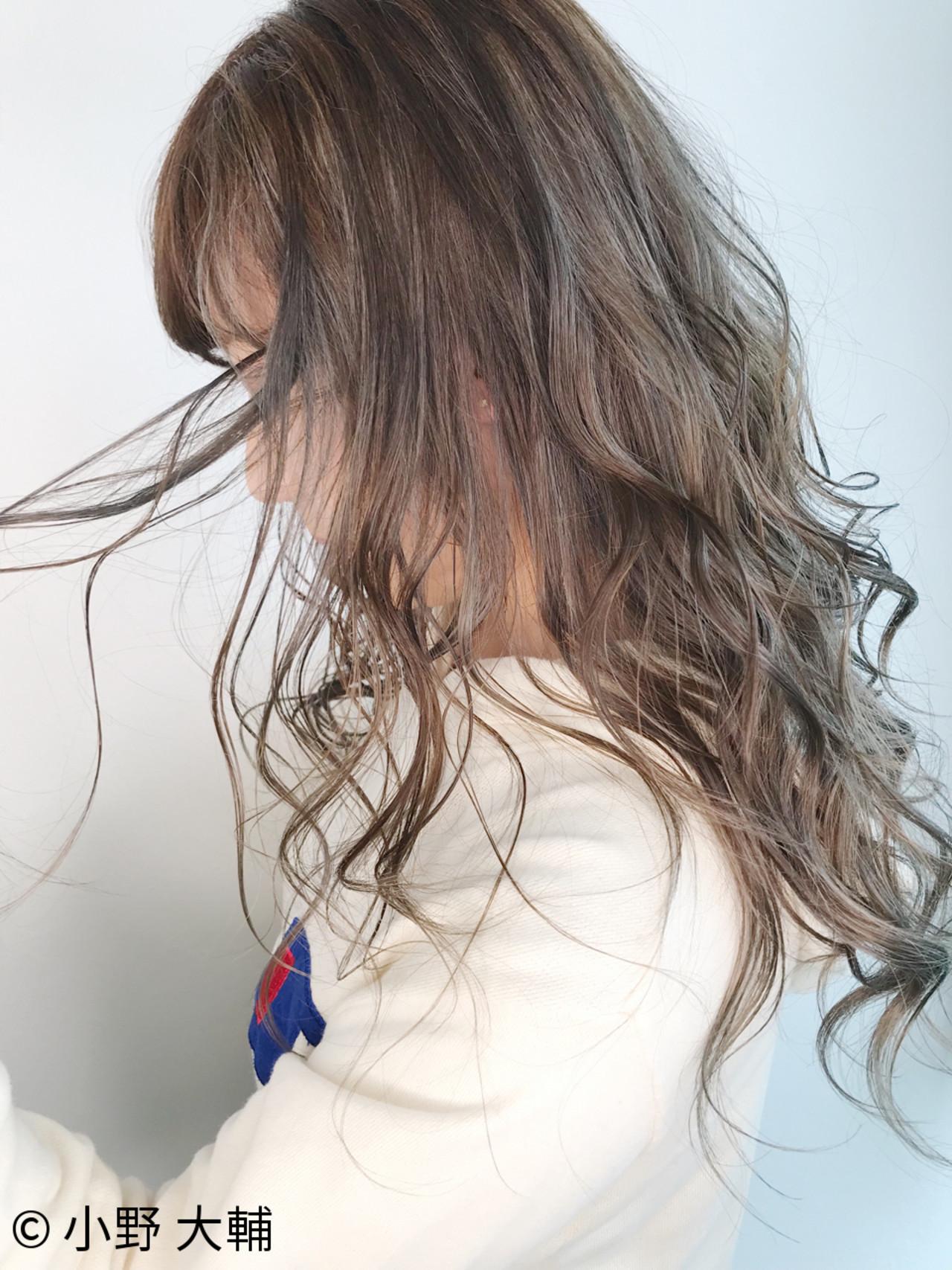 ロング 透明感 ハイライト 外国人風 ヘアスタイルや髪型の写真・画像