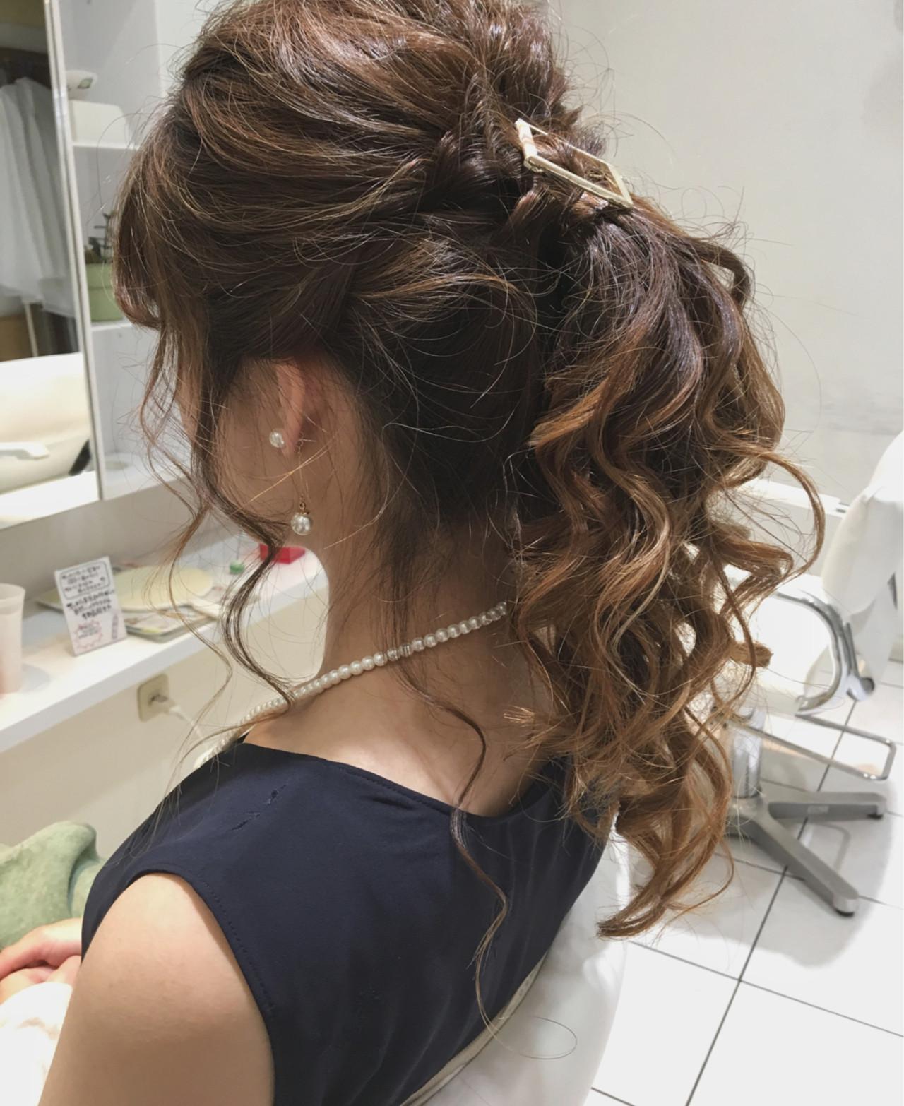 くるりんぱ 結婚式 ポニーテール フェミニン ヘアスタイルや髪型の写真・画像