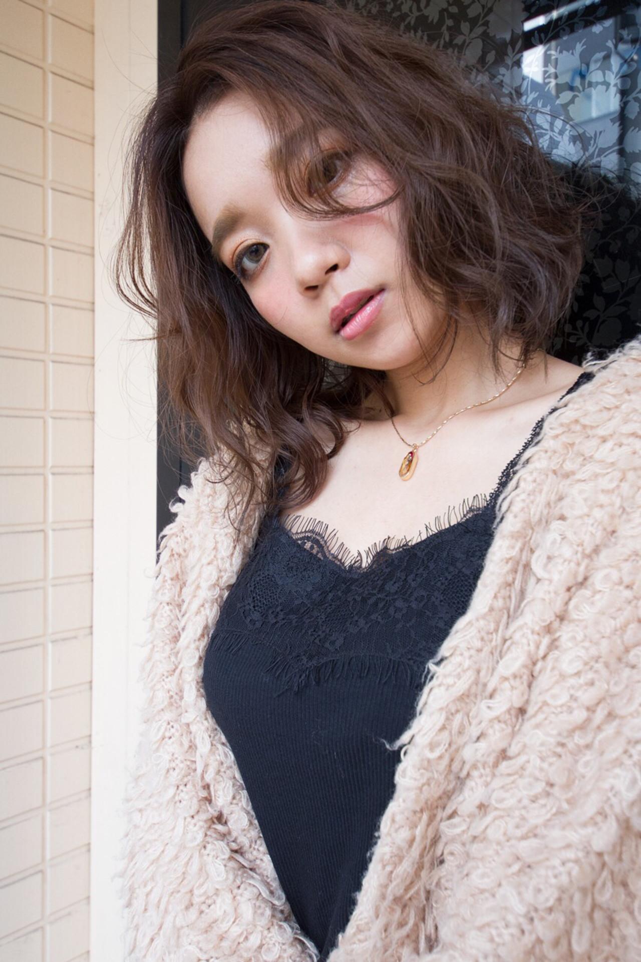 前髪無しなら、大人の色気も♡丸顔さんとも相性は◎ もりかわえりな | Vamp Diva Wyrm