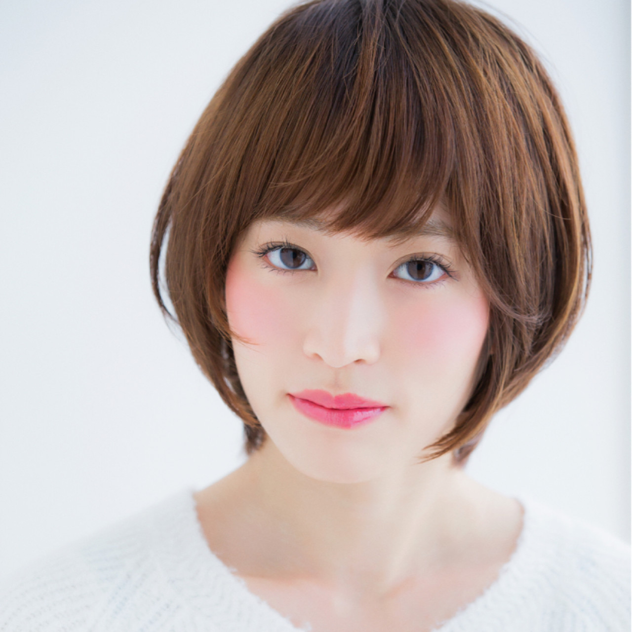 長めの前髪バング×くびれショートで小顔効果を狙って 東 純平