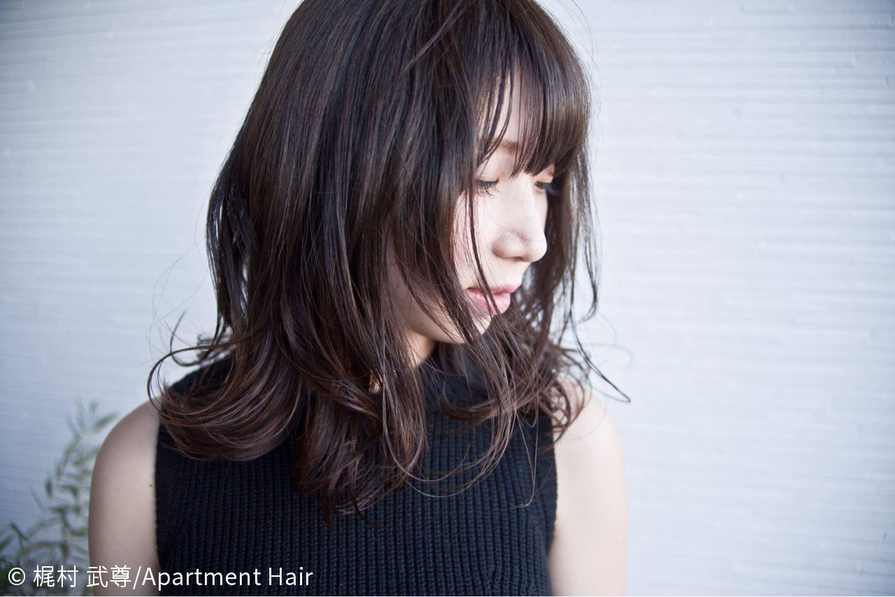 ネイビーアッシュ×ロングヘアなら清楚感UP! 梶村 武尊/Apartment Hair | Apartment Hair