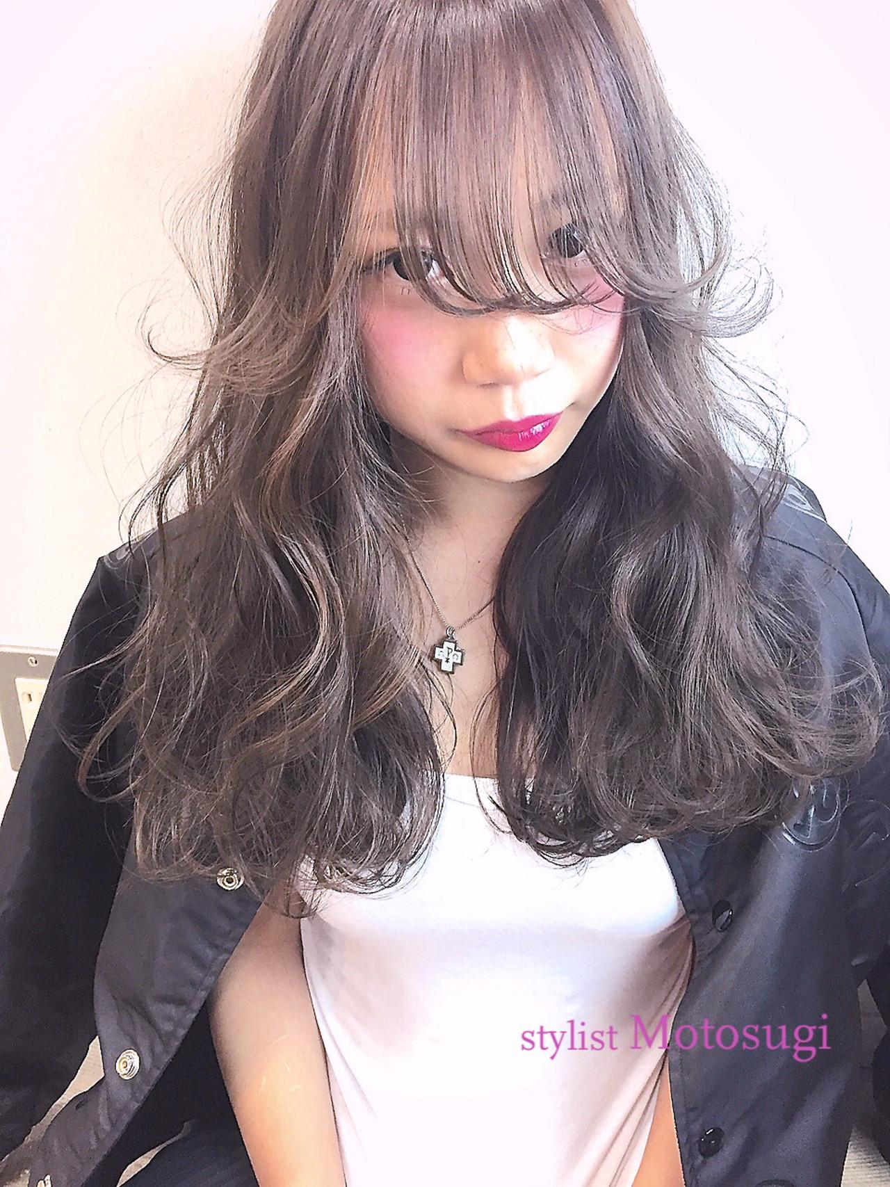 ファサっとした前髪が特徴のシースルー天使の羽バング 元杉 允駿