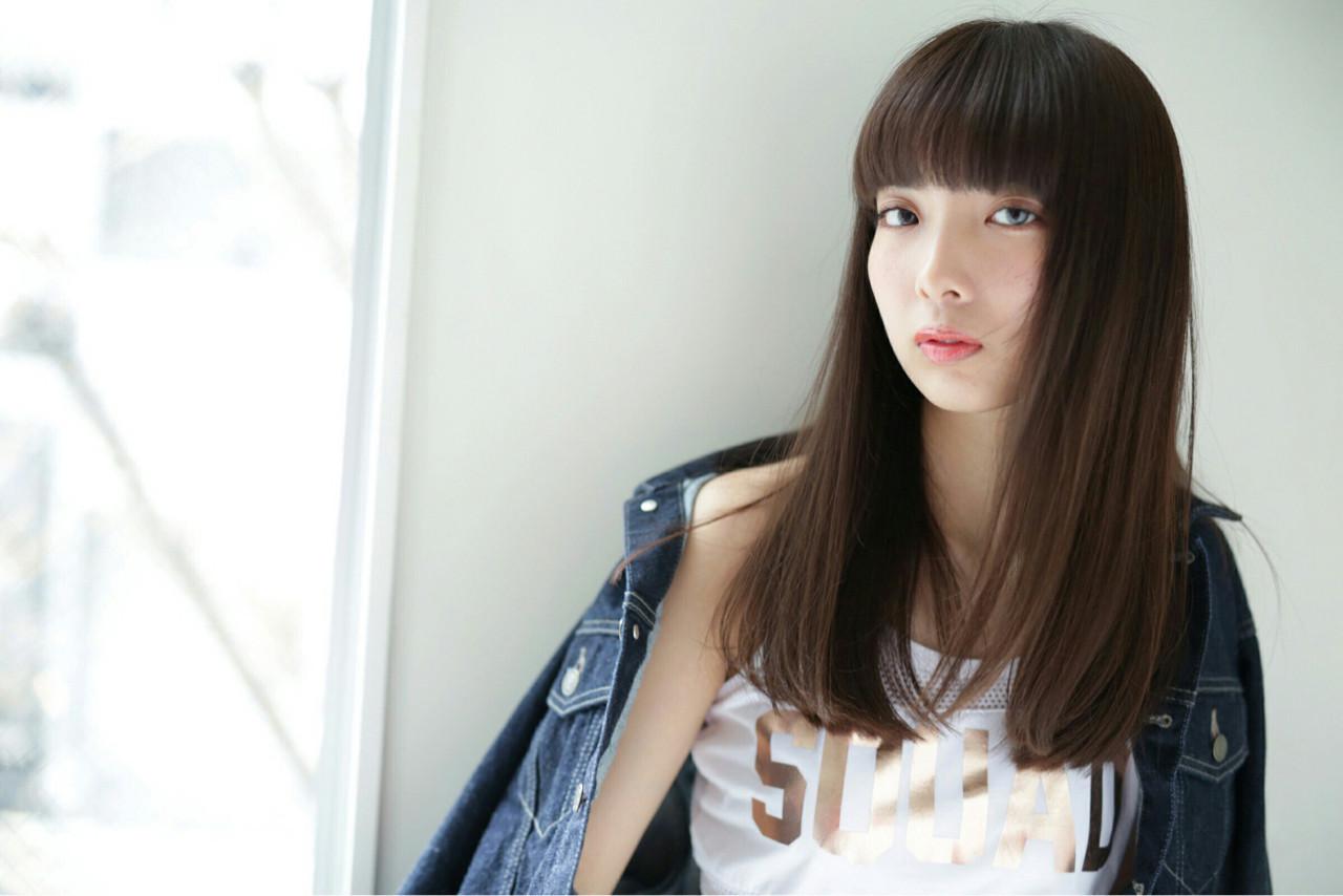 大人っぽさを強調♪シシド・カフカ風のぱっつん前髪 Obayashi Natsumi