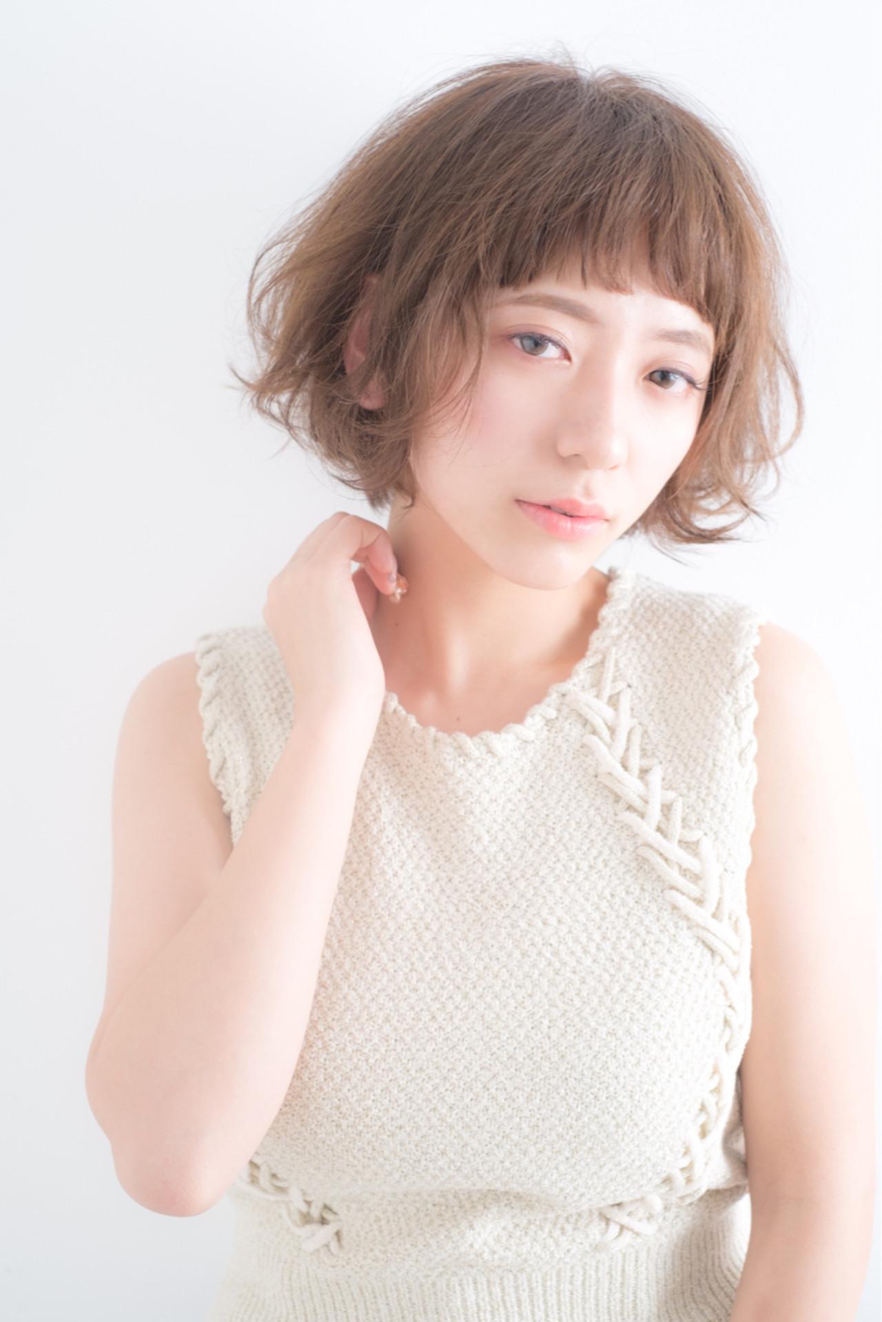 フェミニンな印象が好評!女優安田成美風ヘア HIKARI