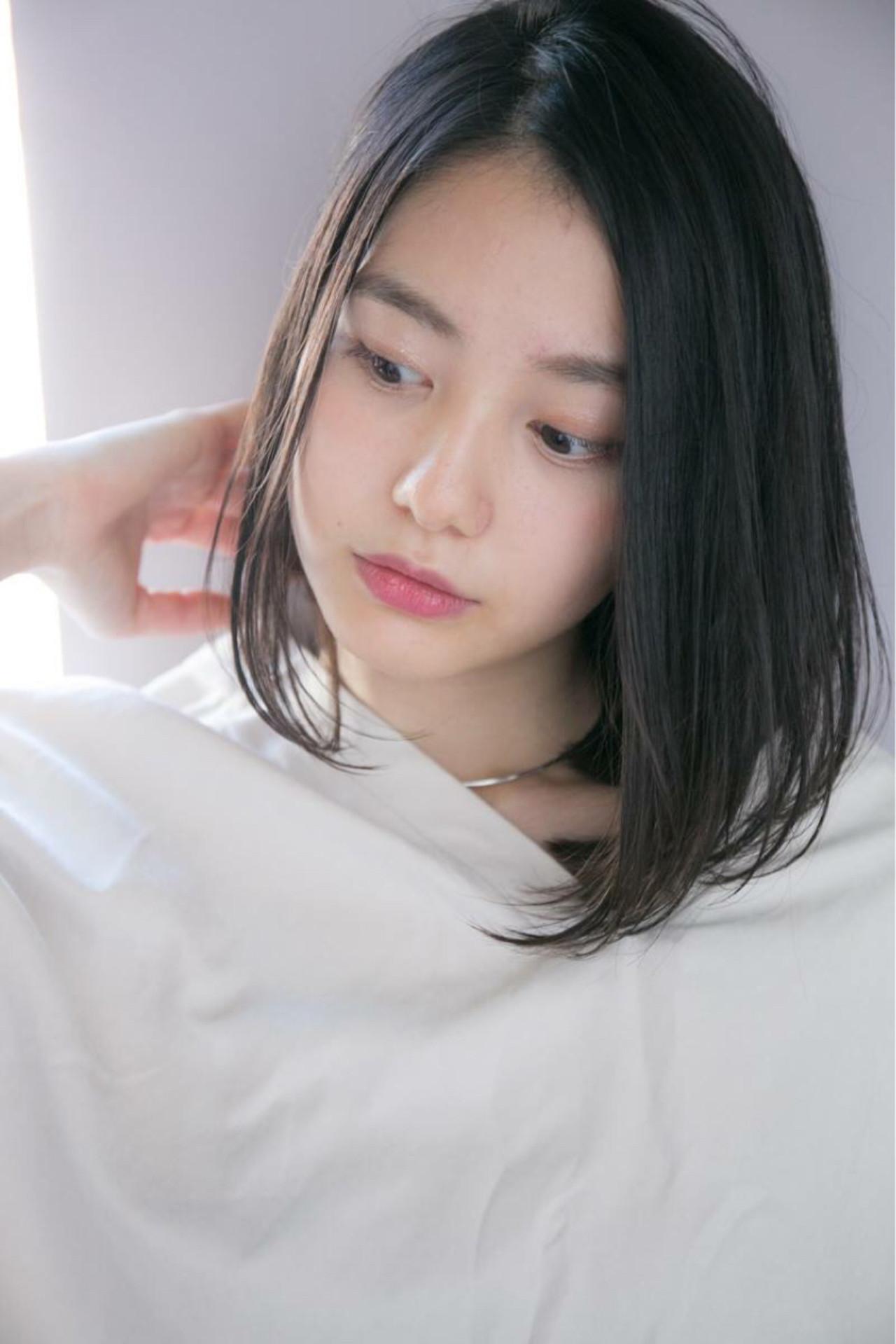丸顔には鉄板のミディアムヘア♡ 西川真矢