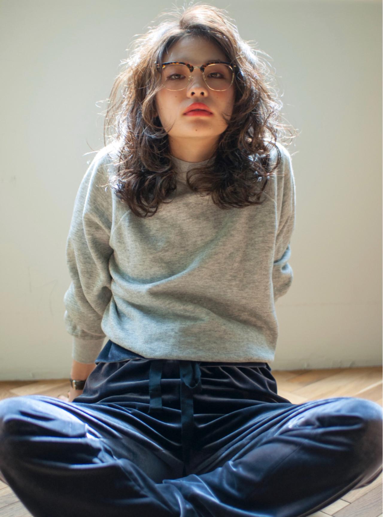 外国人のようなふわふわが魅力なソバージュ YUKINA