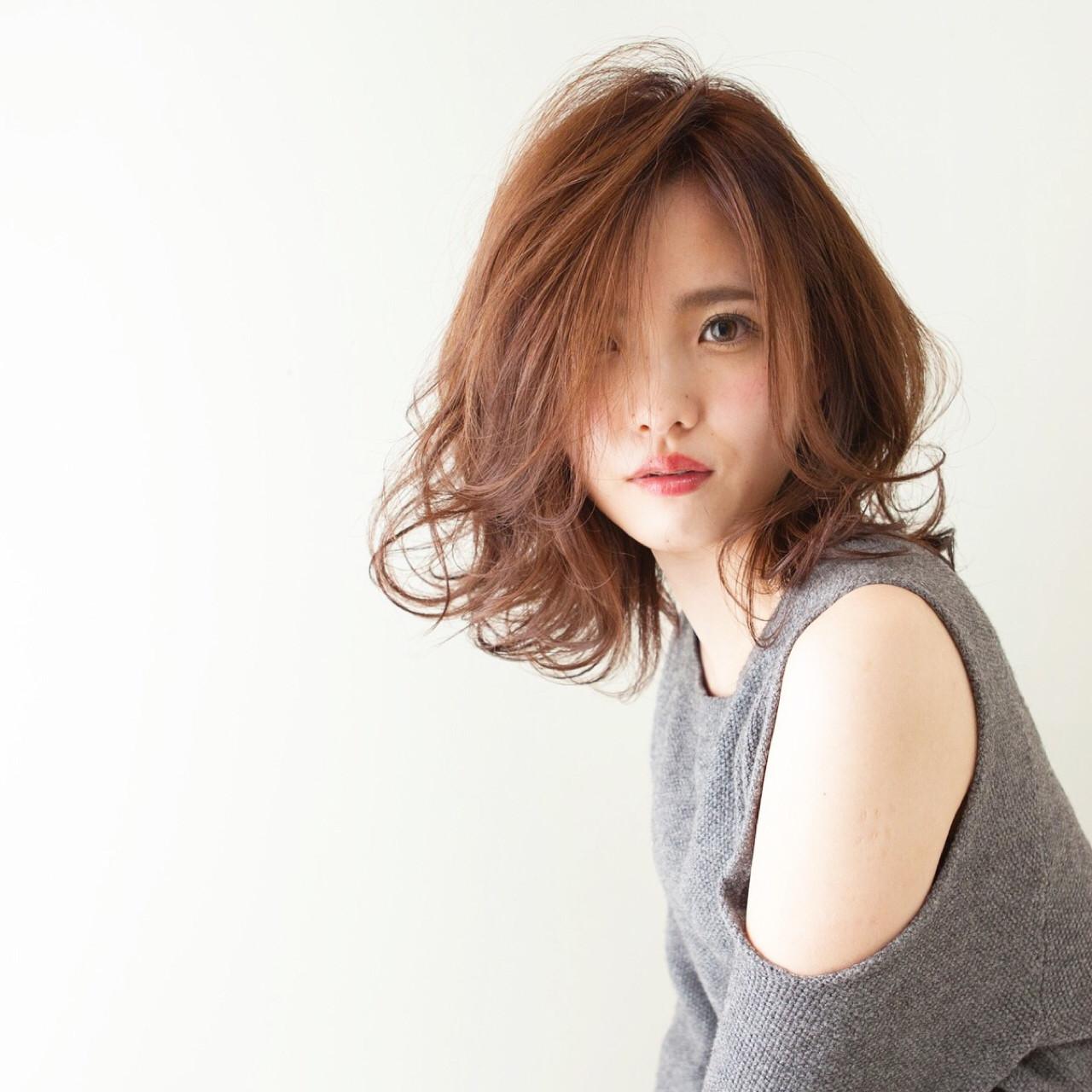ウェーブを生かせばゆるふわ感たっぷりに♡ 内田 一也 | hair/nail space a:le